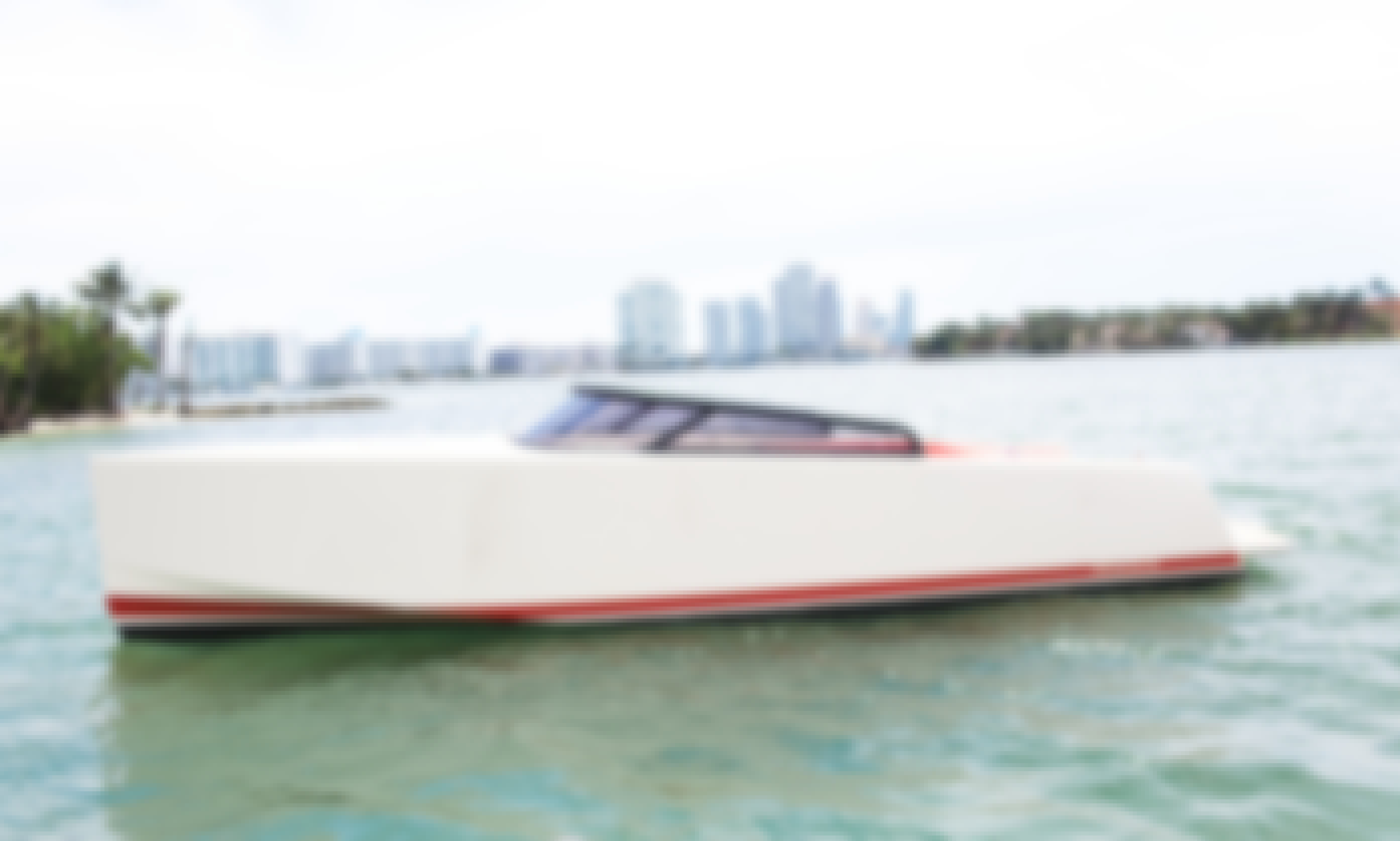 32' VanDutch Powerboat for 6 People in Miami, Florida