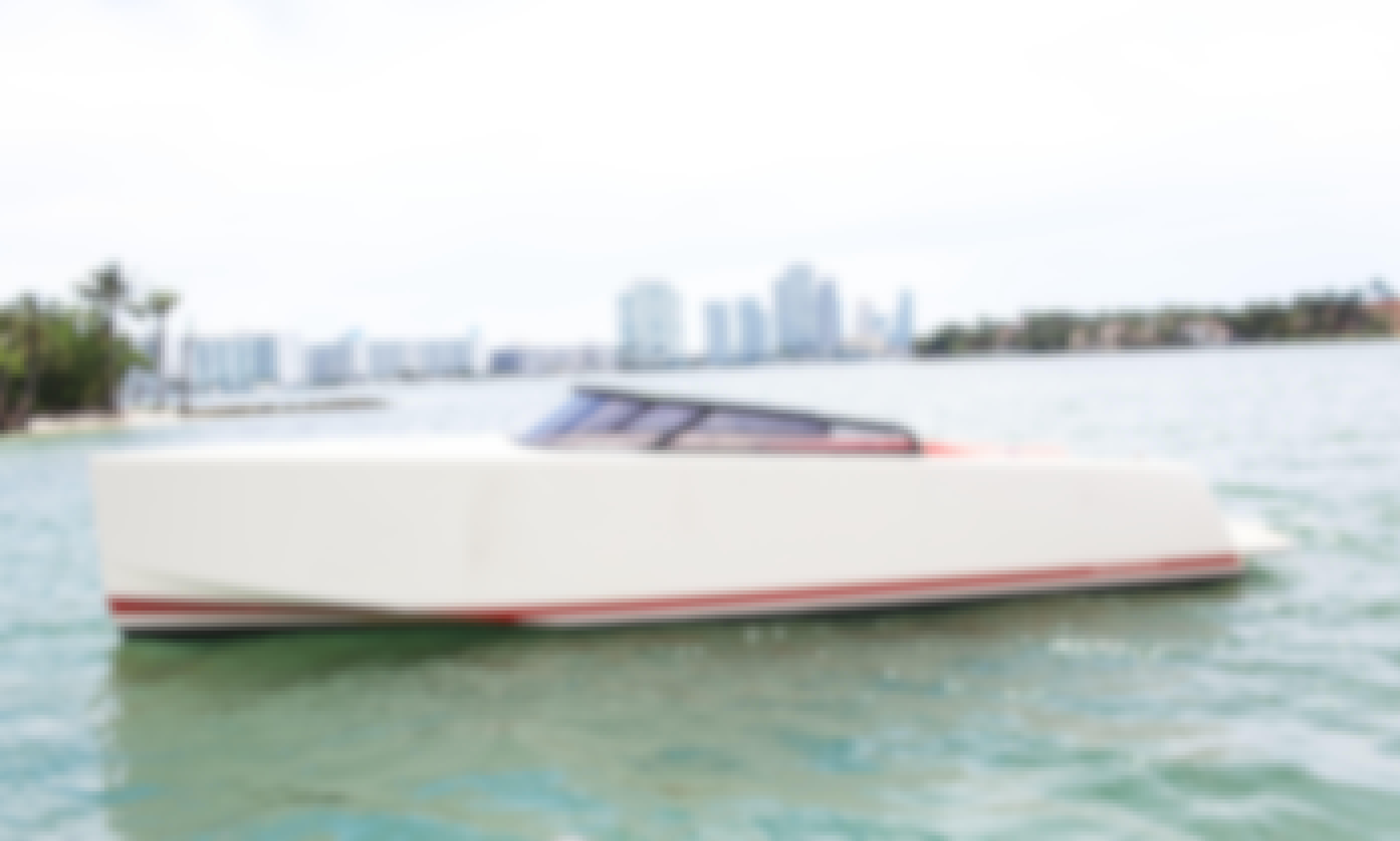 32' VanDutch Powerboat for 6 People in Miami, Florida