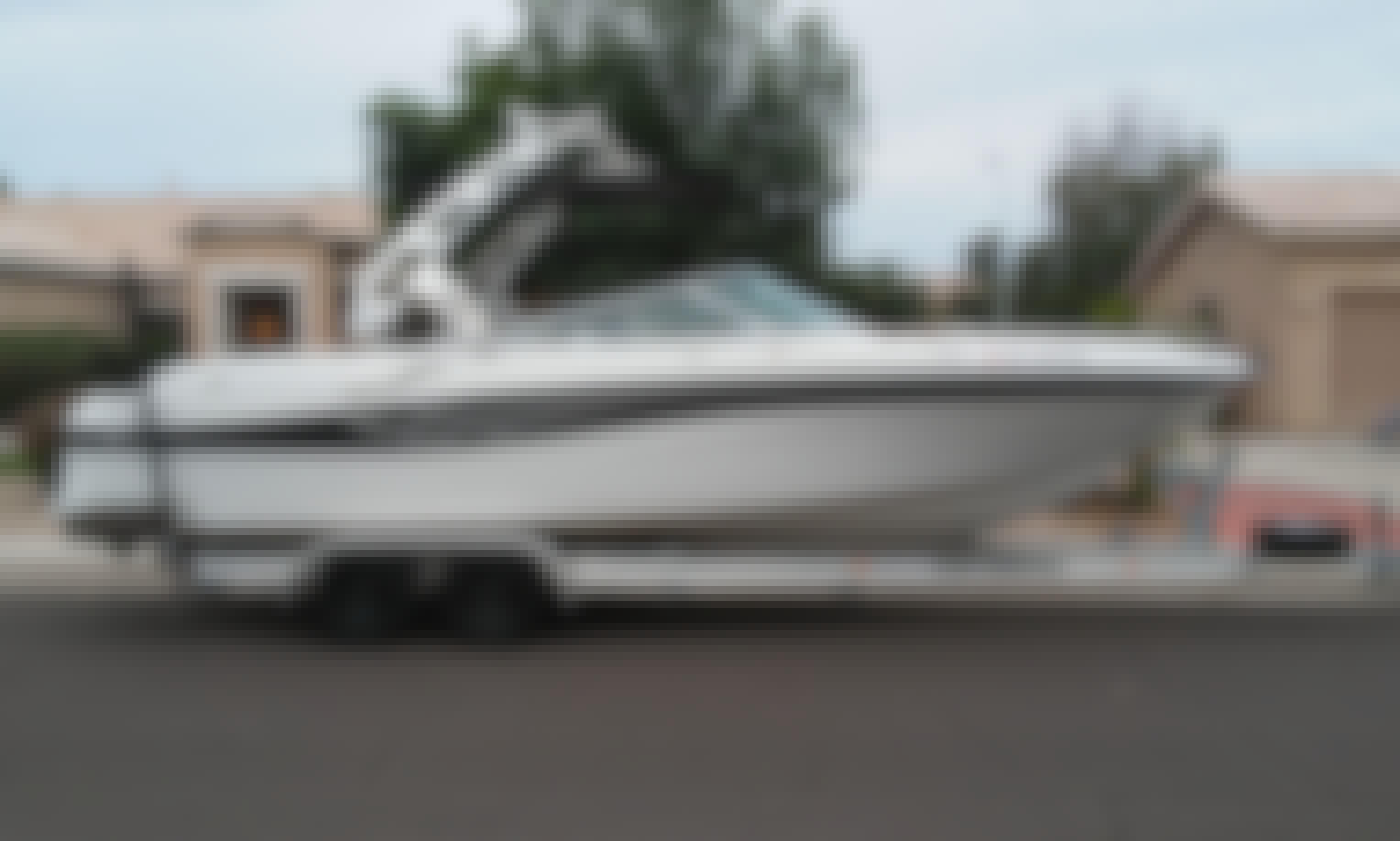 26' Fourwinns Ski Boat for 11 Thrill Seeker in Fort McDowell, Arizona