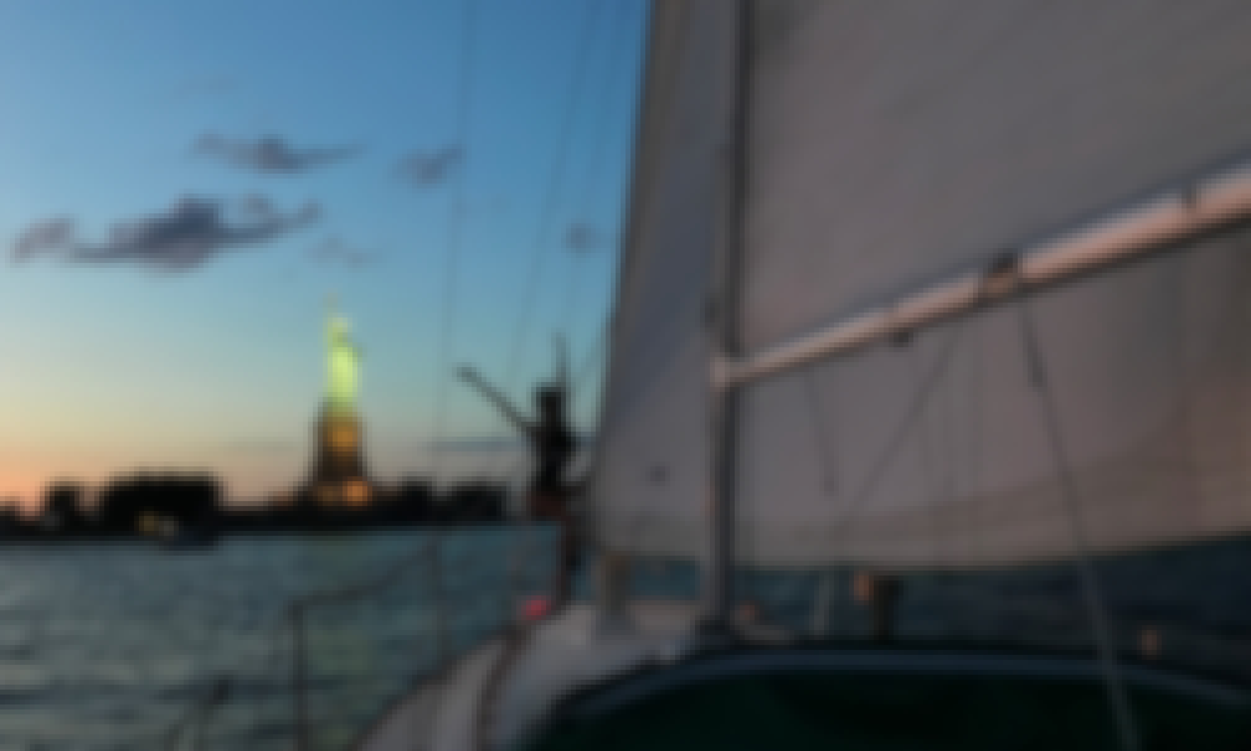 28ft Sabre Sailboat - Fun and Easy Sailing in Jersey City