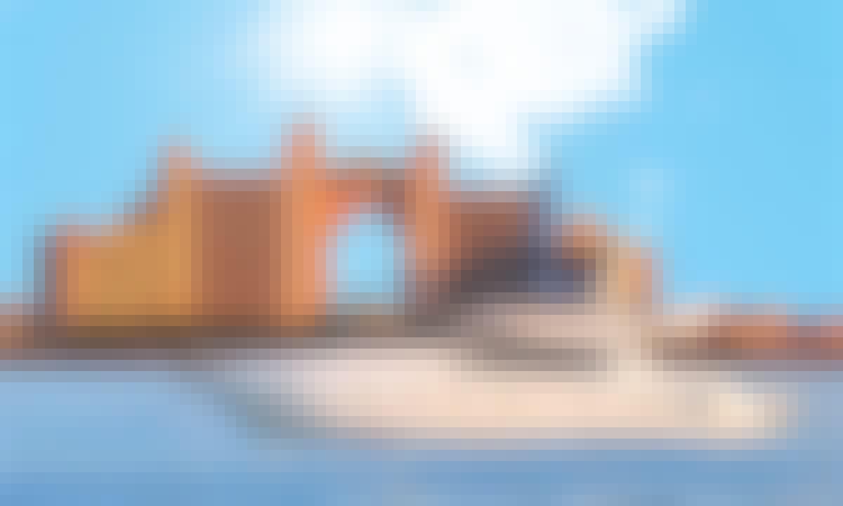 58' Azimut Fly Motor Yacht Crewed Charter in Dubai, United Arab Emirates