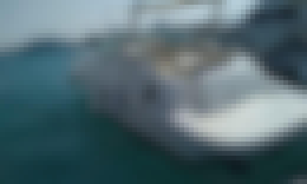 32' Doral Motor Yacht Rental in Egypt!