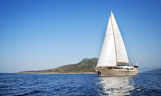"""Charter the 110ft """"Naviera"""" Cruising Monohull in Turkey for 10 person!"""