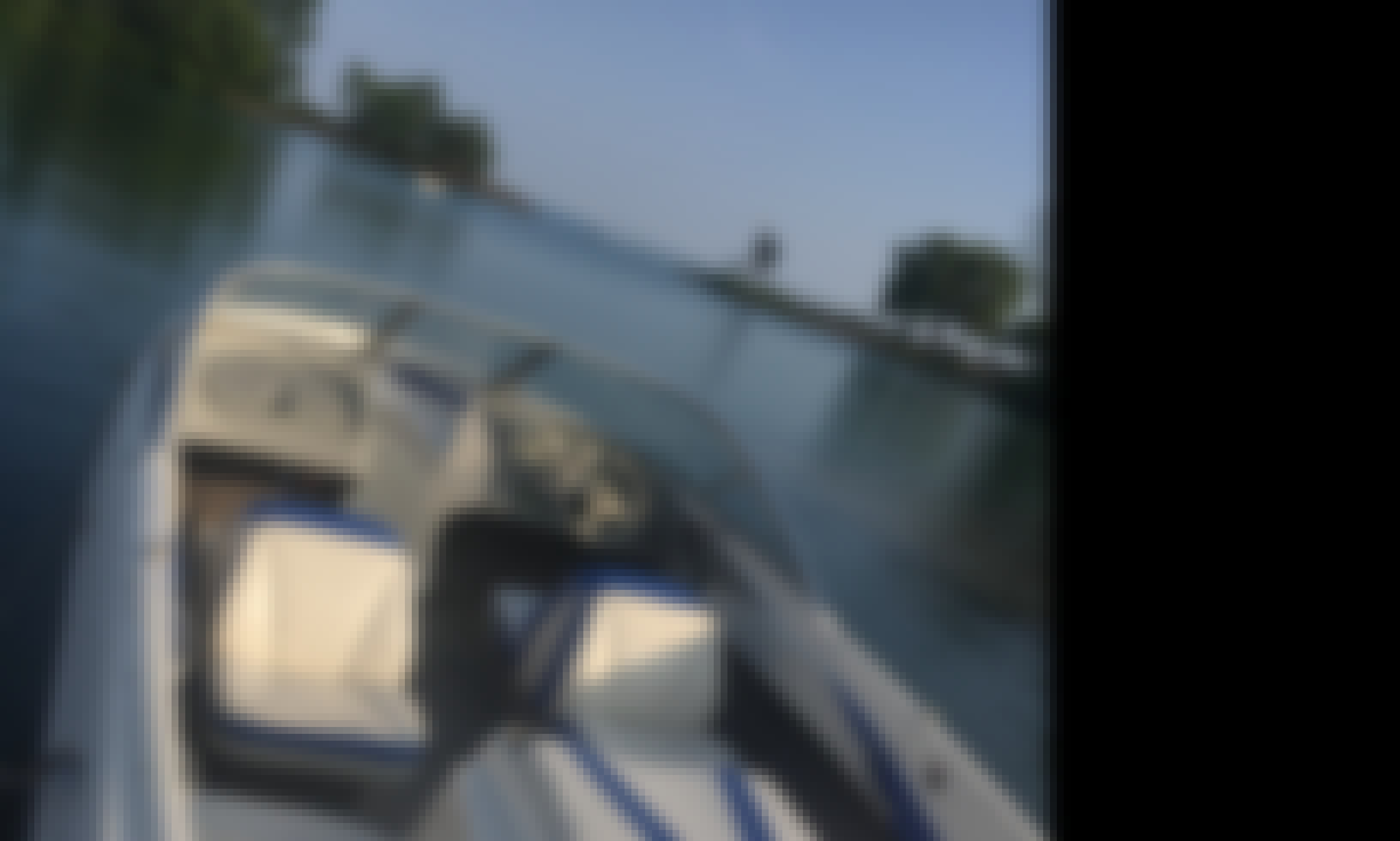 Bayliner 185 Bowrider for 9 People in Toronto, Ontario!