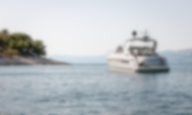 Charter The Motor Yacht Fairline Targa 48 - La Pietra in Podstrana, Croatia