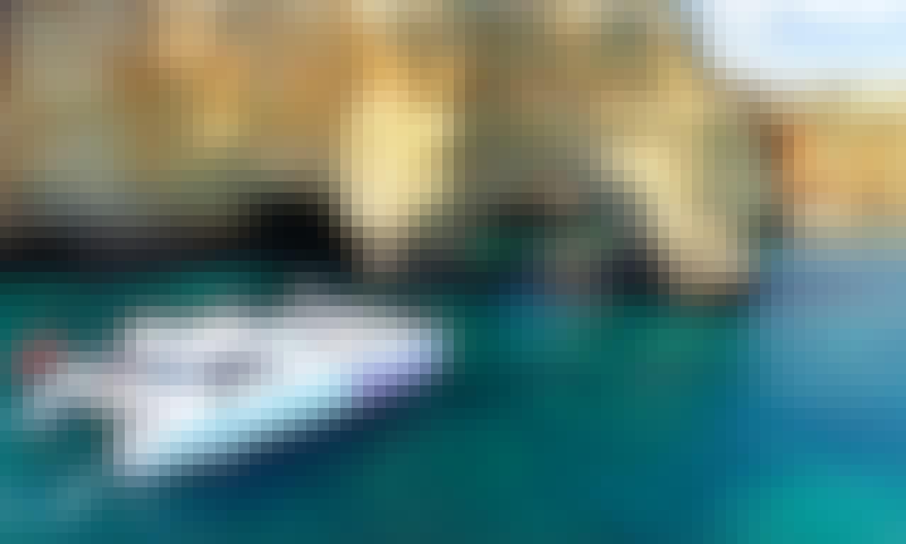 Catamaran Mara Cruise from Albufeira to Benagil