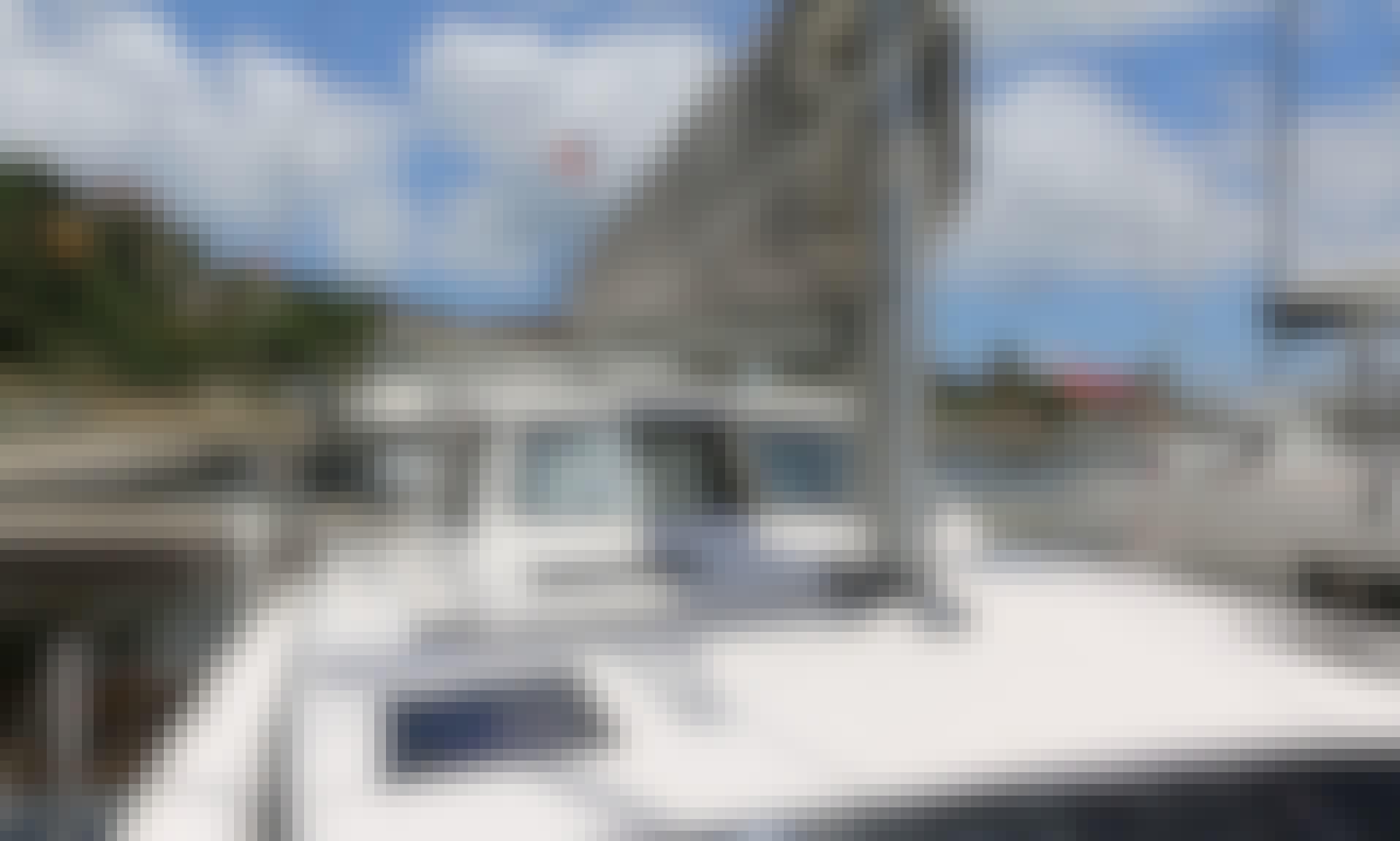 Book the Gemini Legacy 35 Sailing Catamaran in Road Town, Tortola