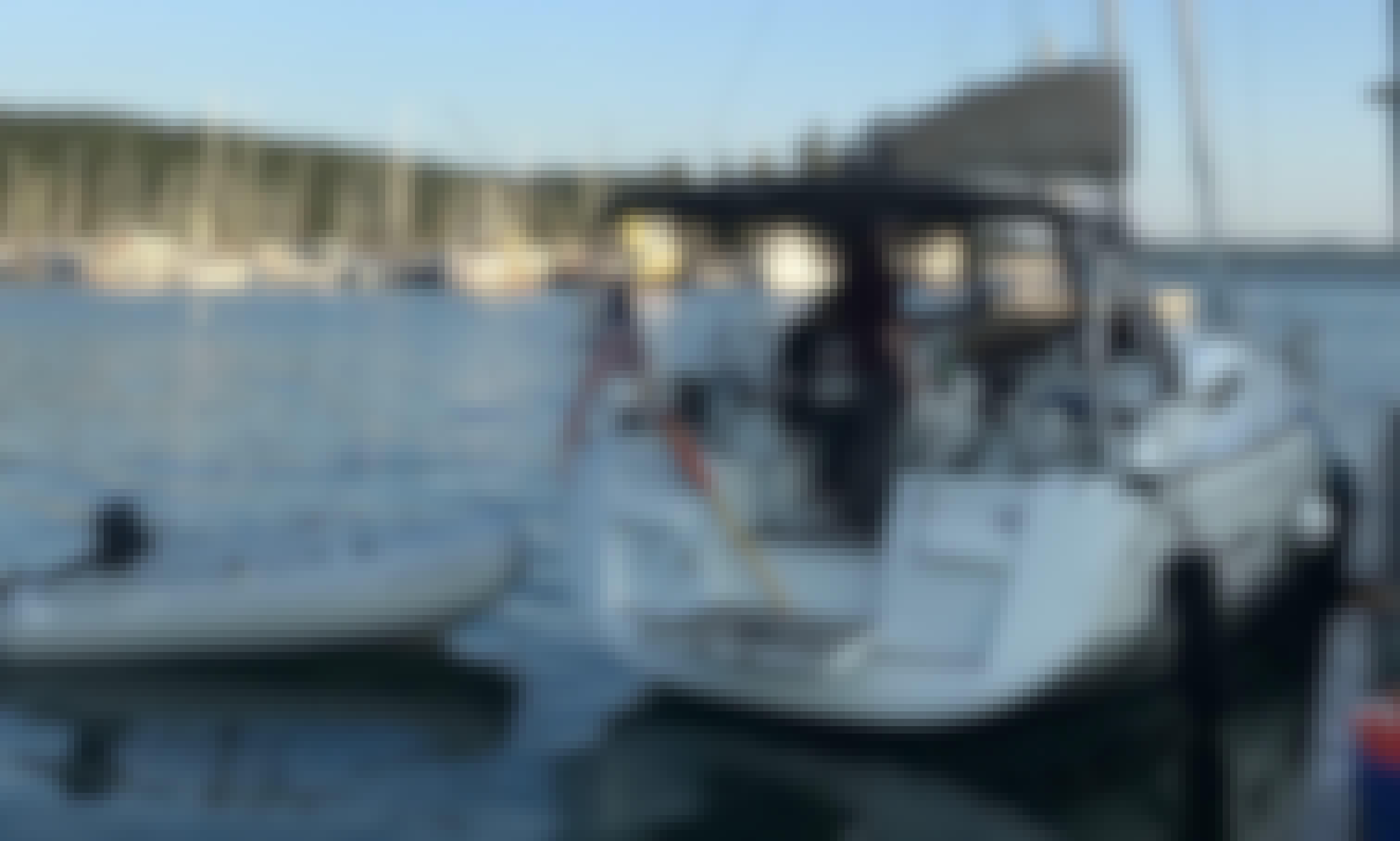 Jeanneau 409 Sailboat Charter in Friday Harbor, Washington