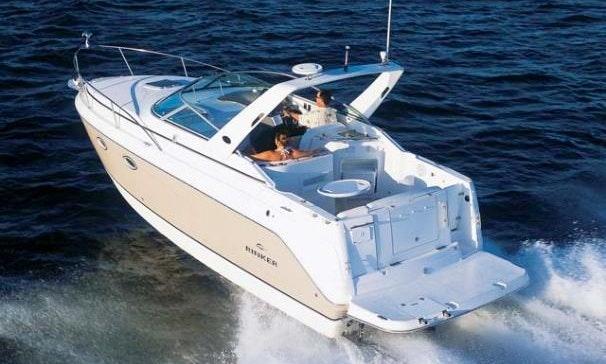 Beautiful Motor Yacht In Newport Beach Fast Getmyboat