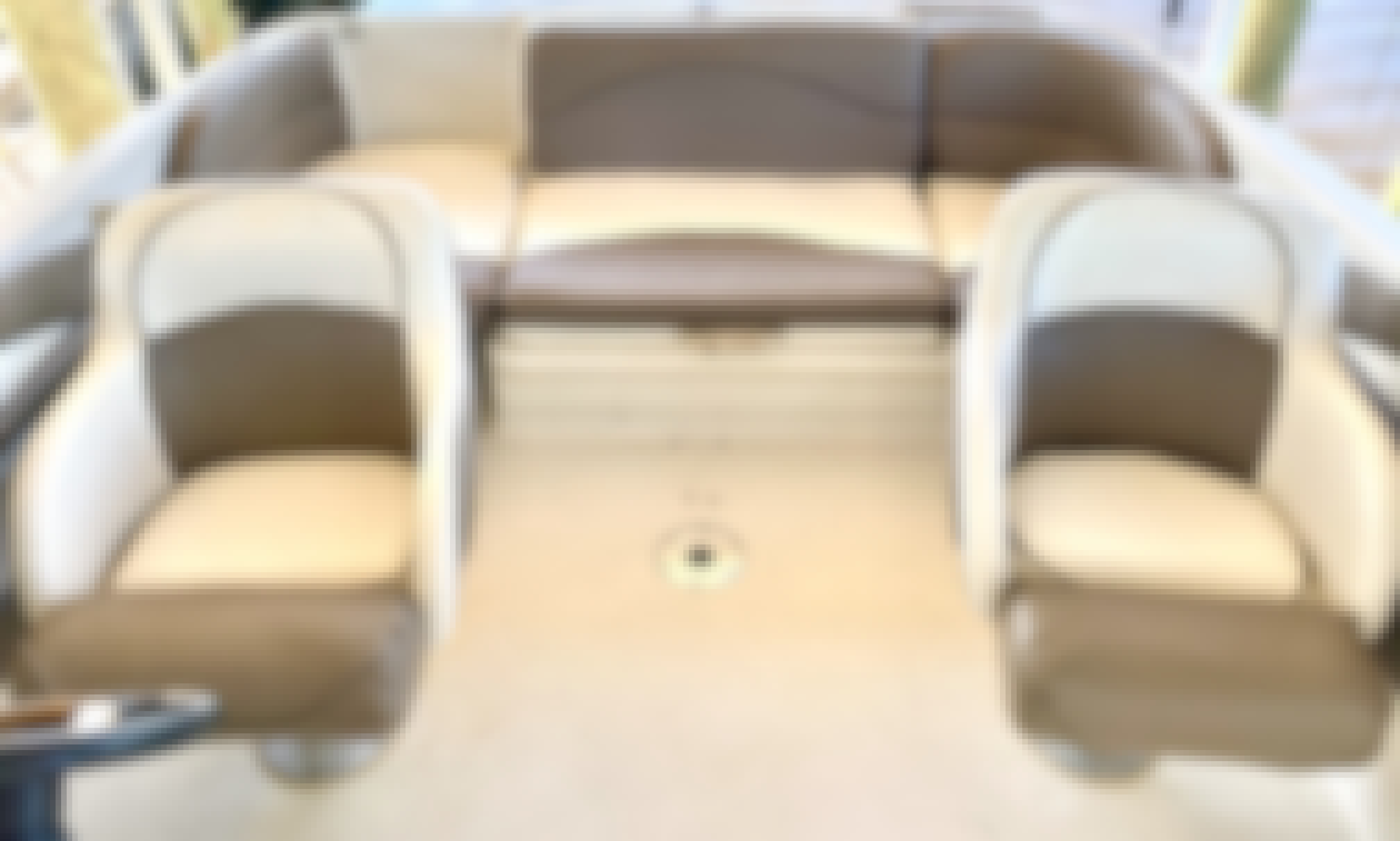 Sea Ray Sundeck 22ft rental in Cape Coral