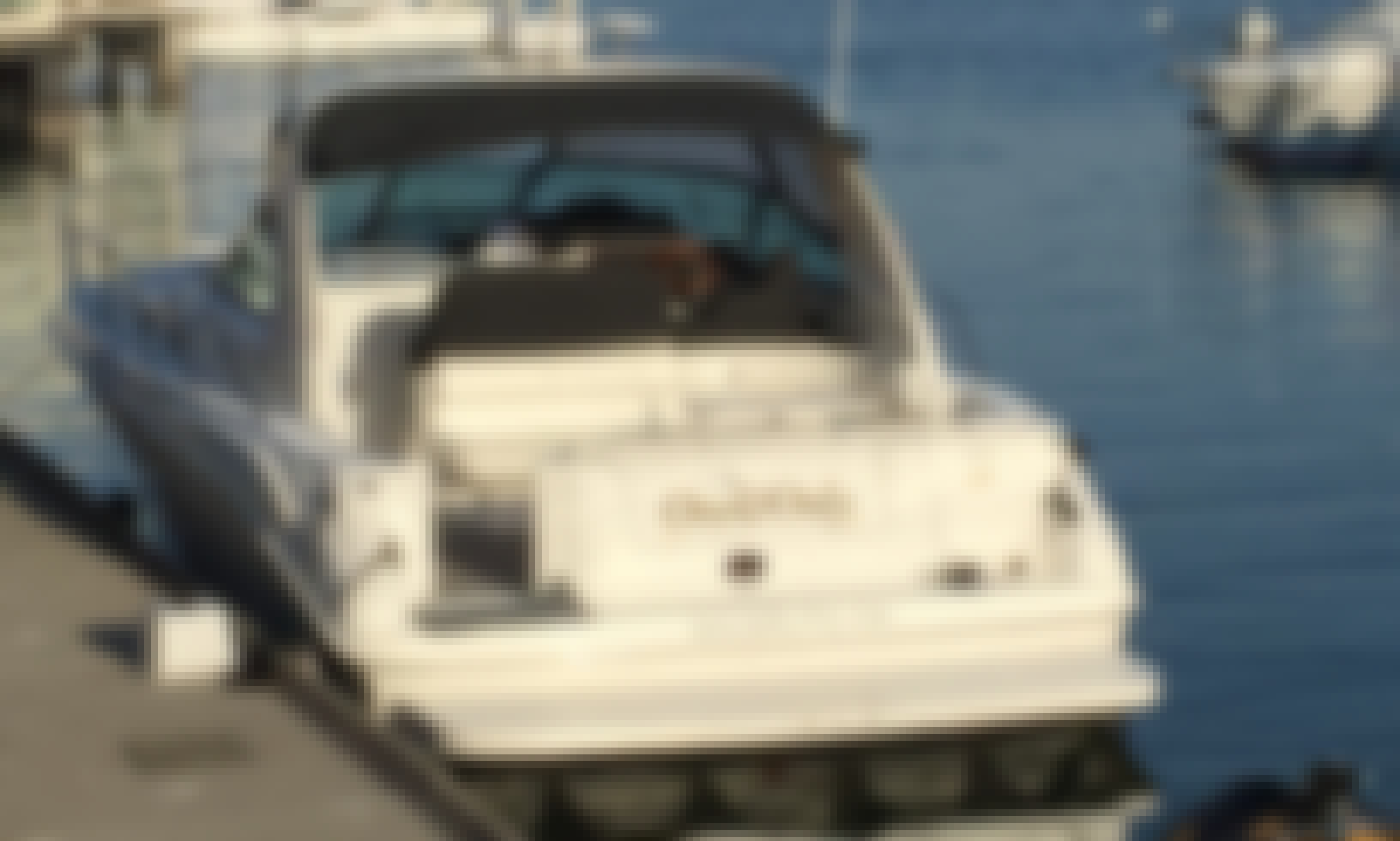 Charter Sea Ray Sundancer 400 Motor Yacht One & Only in Alameda, California