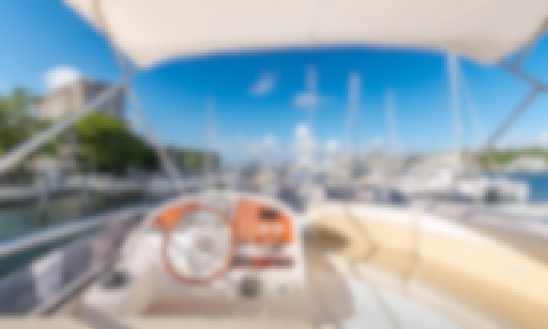 Miami Bay Cruiser On a 52' Azimut Motor Yacht