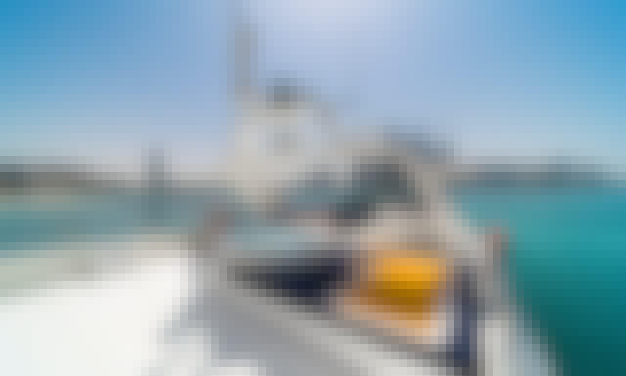 Charter the 98' Azimut Superyacht in Sheikh Zayed, Dubai