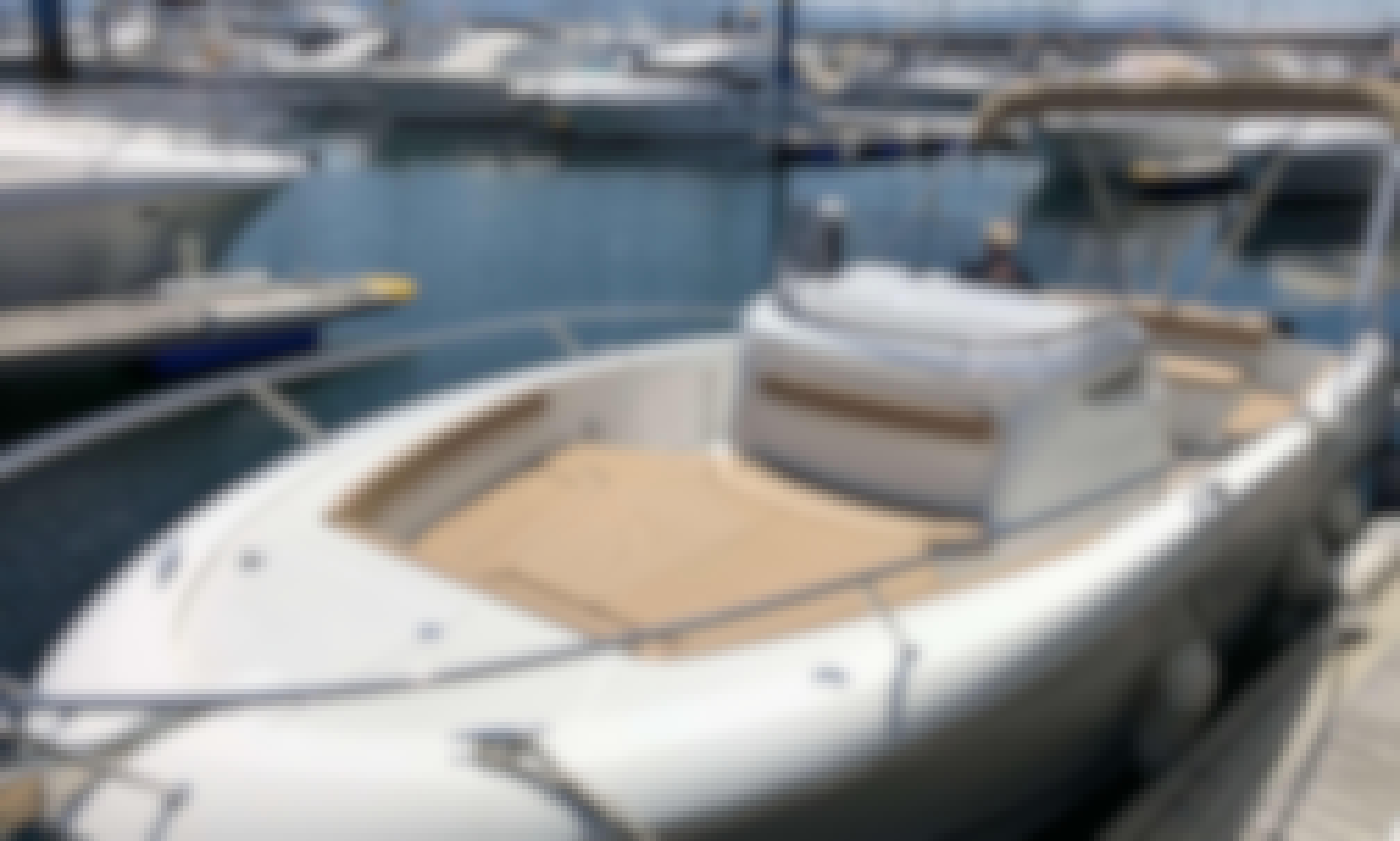 2013 Cap Camarat 8. 5 Yacht Rental in Vigo with skipper, Galicia