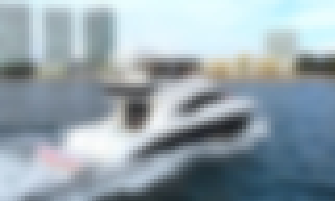 Charter SeaRay 60 Luxury Power Yacht In Nayarit, México