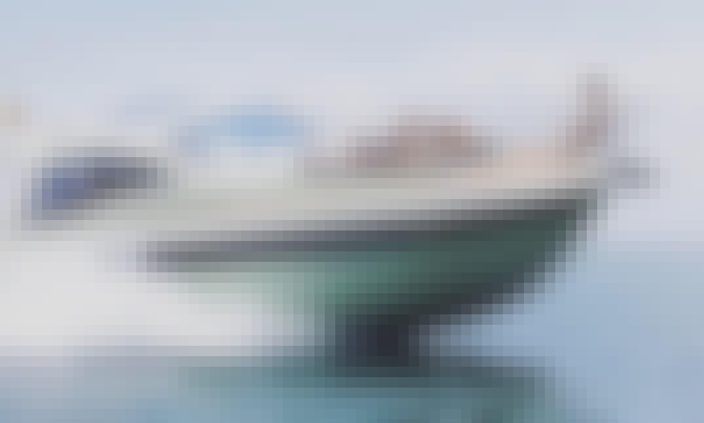 Private Bavaria 44 Motor Yacht for 12 People in Cartagena, Bolívar