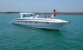 Private 61ft Cherokee Motor Yacht Perfect for Rosario Islands and Barú