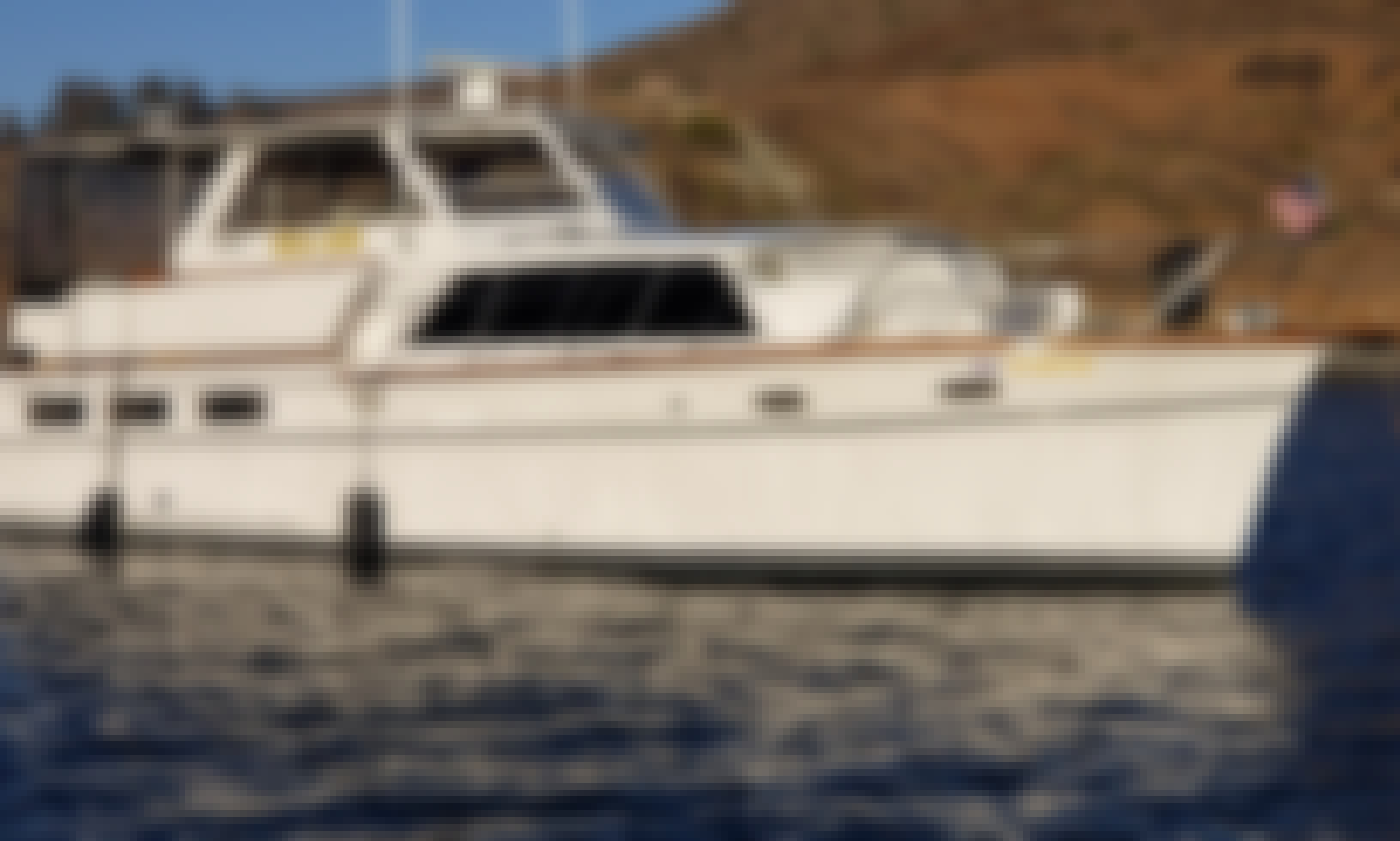 Classic Wooden Yacht Absolutely Beautiful! Modern Amenities