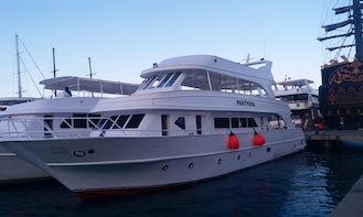 Snorkeling VIP private yacht in Sharm El-shikh