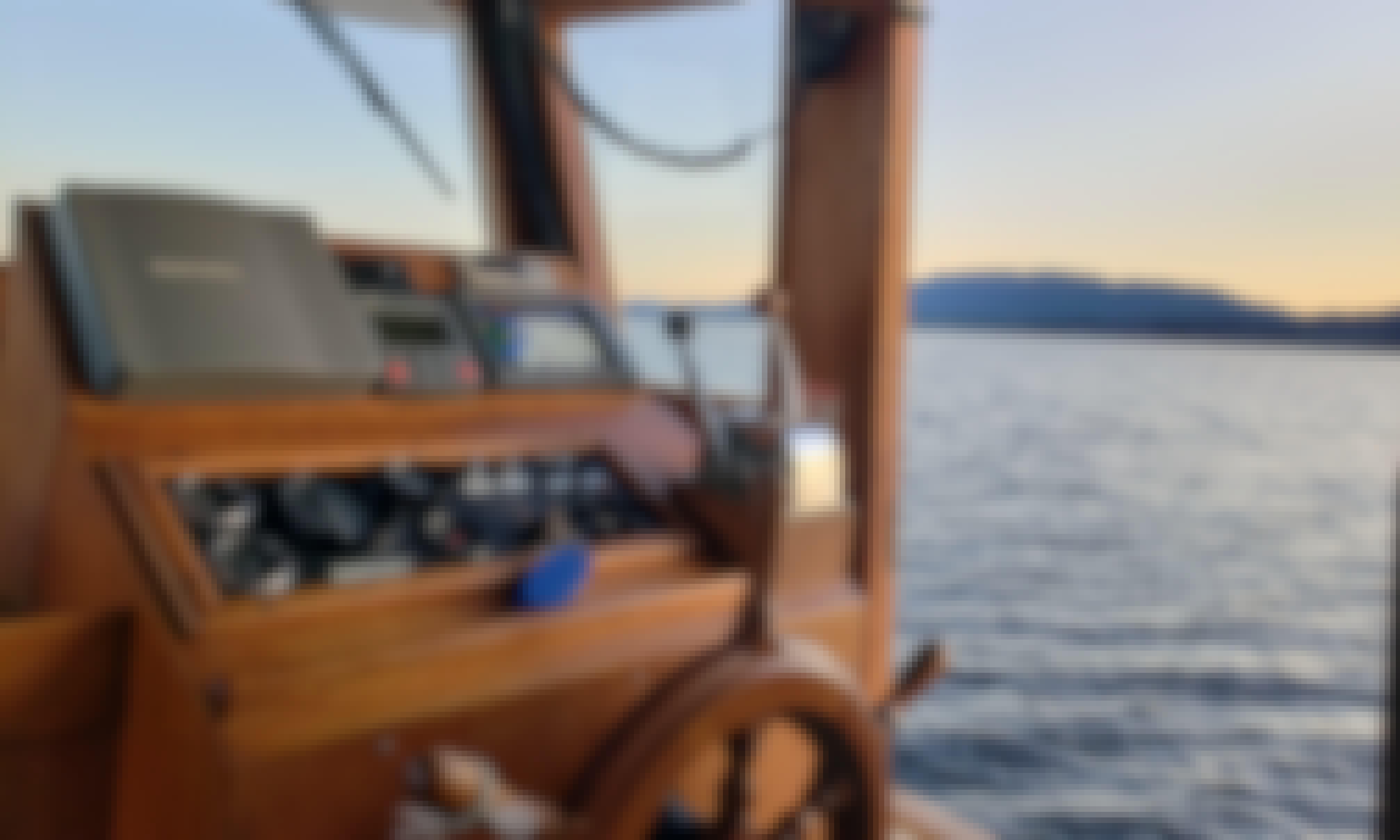 Beautiful 30' Tug Style Trawler in Anacortes, WA