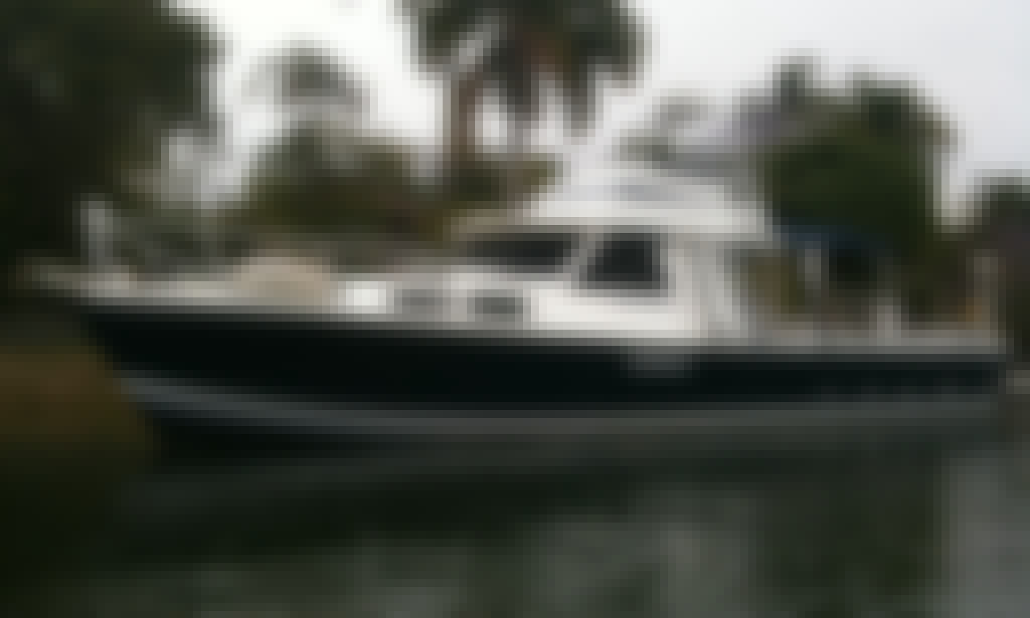 Charter 41' Motor Yacht Northshore in Gold Coast, Australia