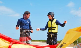 Beginner Discovery Kitesurfing Course 2 hours in Playa del Carmen, Quintana Roo