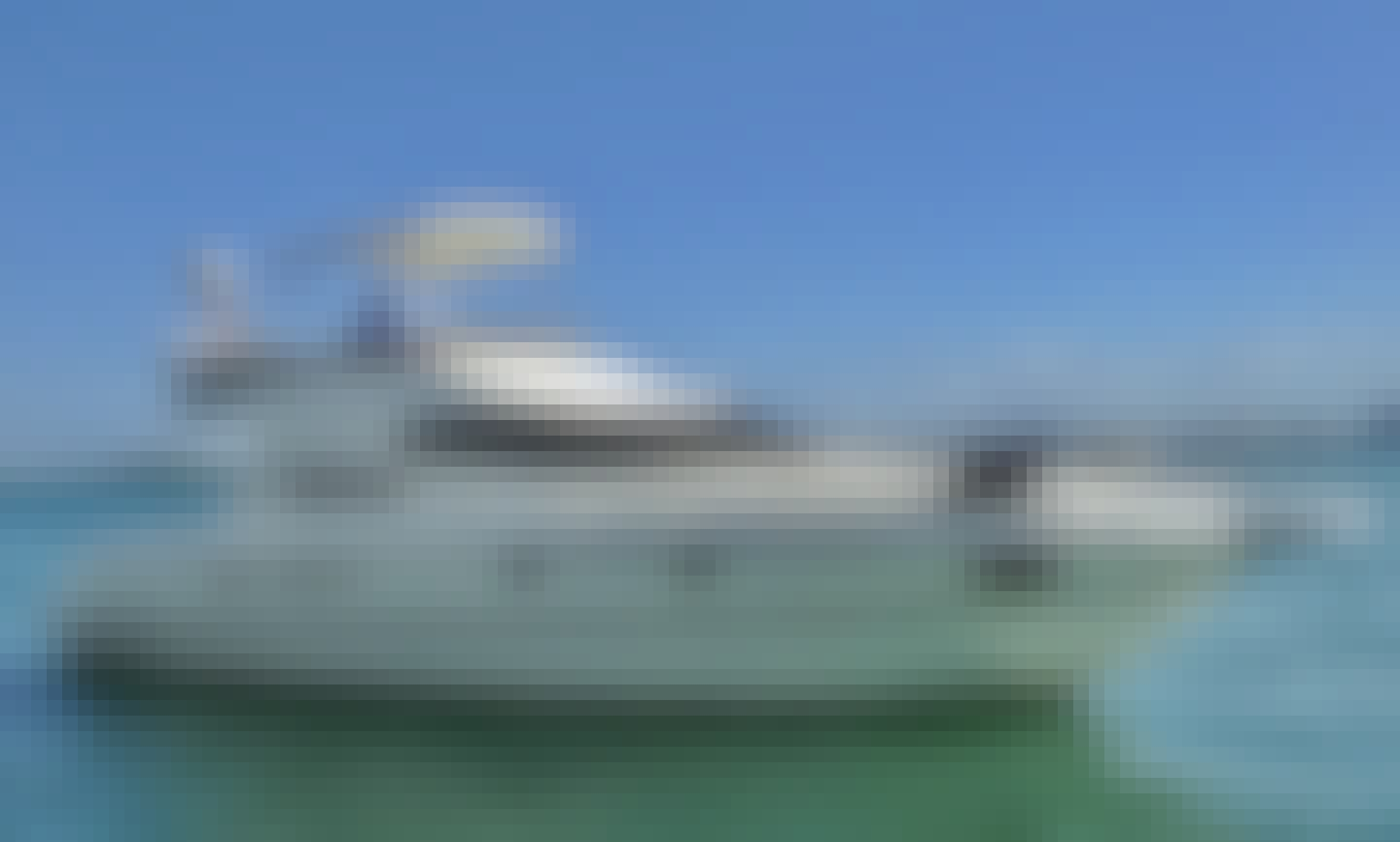 Cranchi 50' Motor Yacht for 13 People in Miami, Florida!