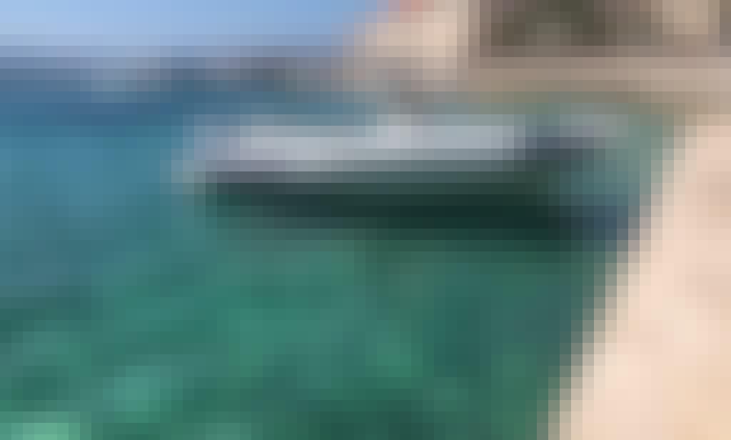Beautiful Marlin 790 Dynamic RIB for Rent in Split