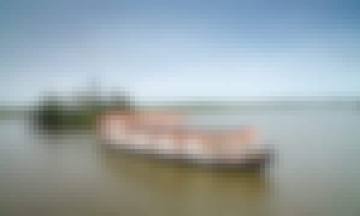 Luxury River Cruise on Bolgoda Lake aboard a 5-Star Houseboat!
