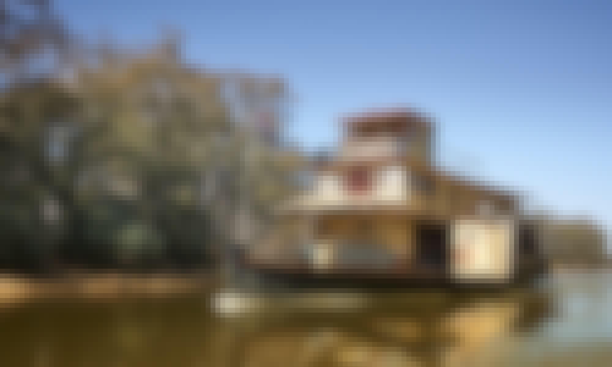 Paddlesteamer Emmylou on Murray River in Echuca, Australia