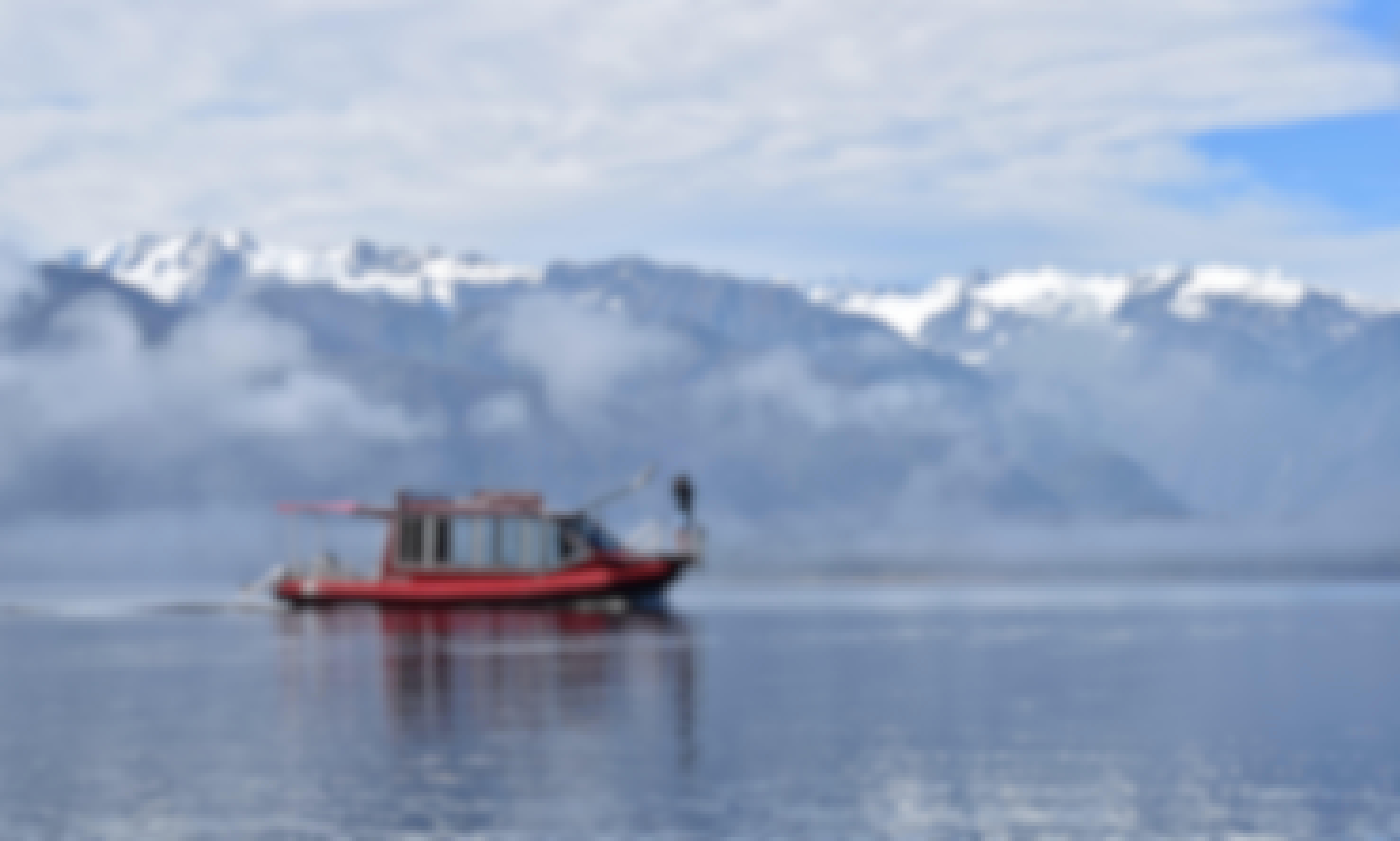 The Hanna-K, Cruise on Lake Mapourika
