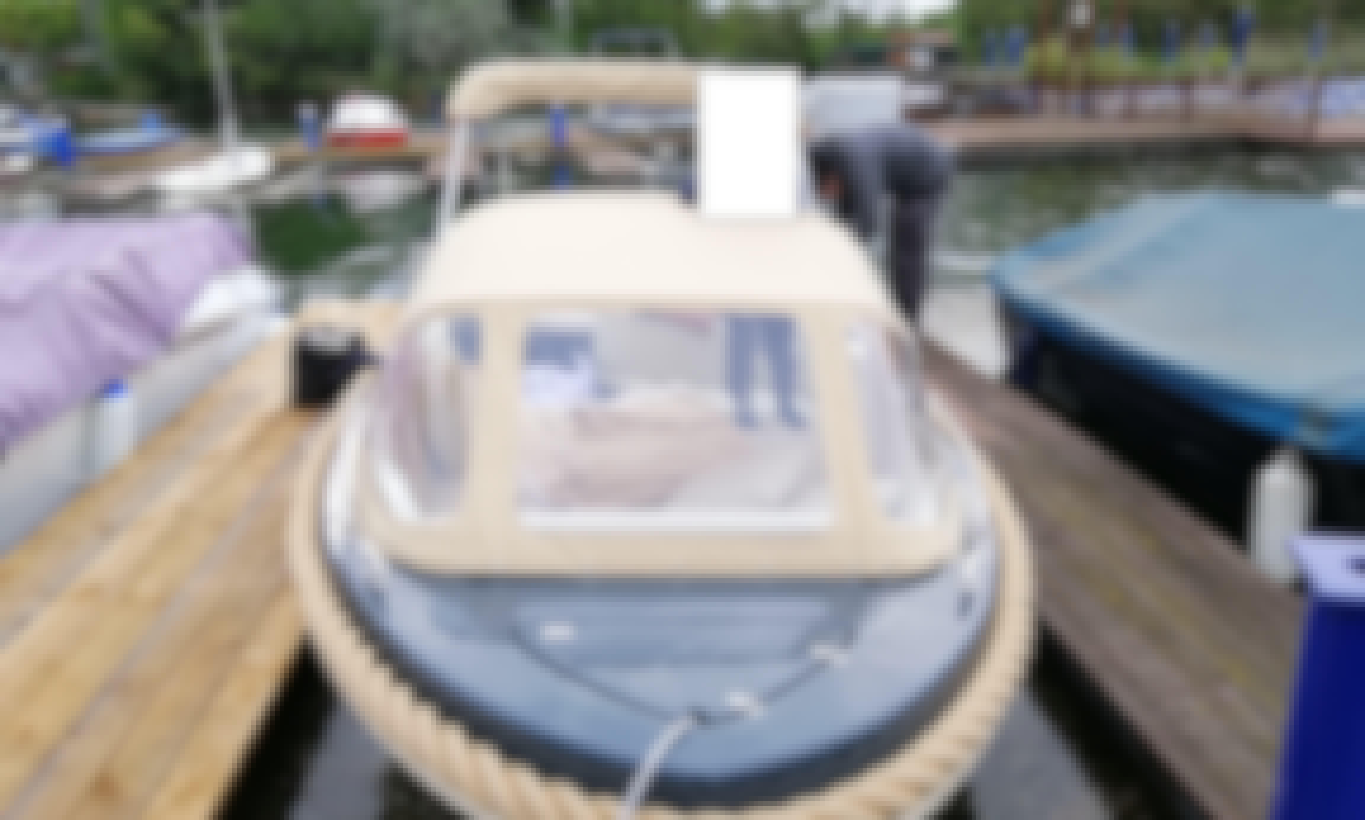 Silveryacht 525 Motor Yacht Rental in Wien, Austria