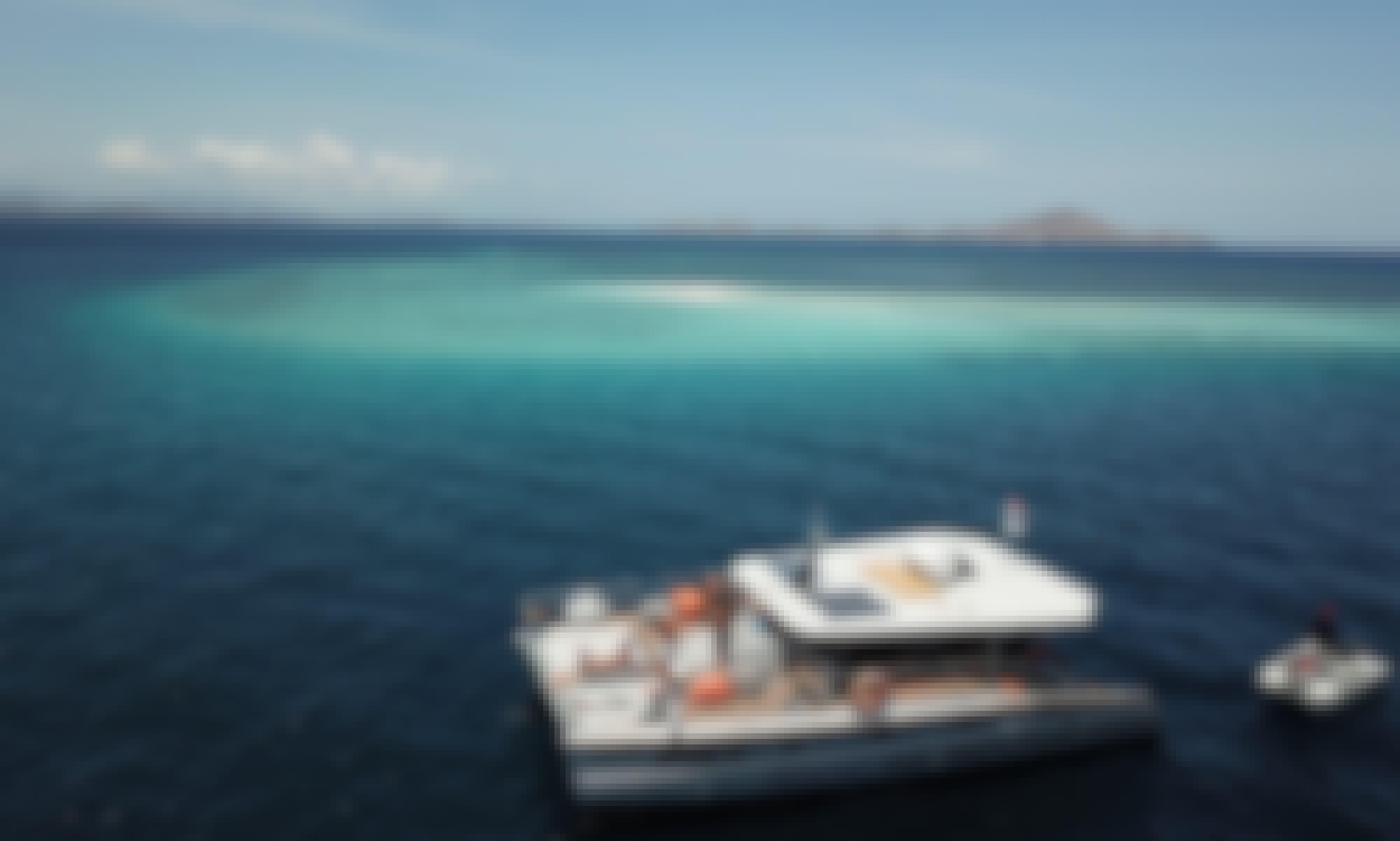 Catamaran Komodo Relaxing Trip