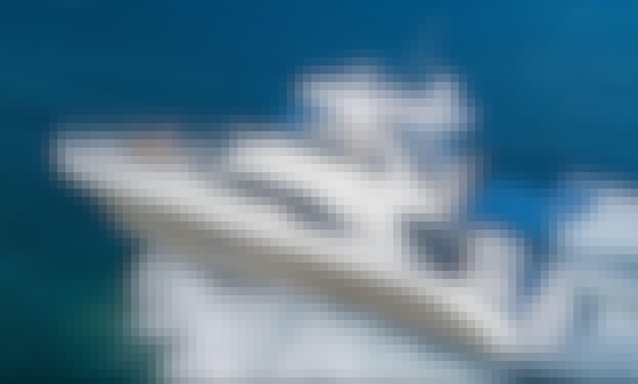 52 Searay Power Mega Yacht in Miami, Florida