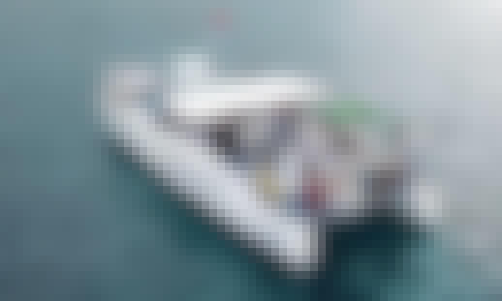 "43ft ""Aukai"" Power Catamaran Rental in Honolulu, Hawaii"