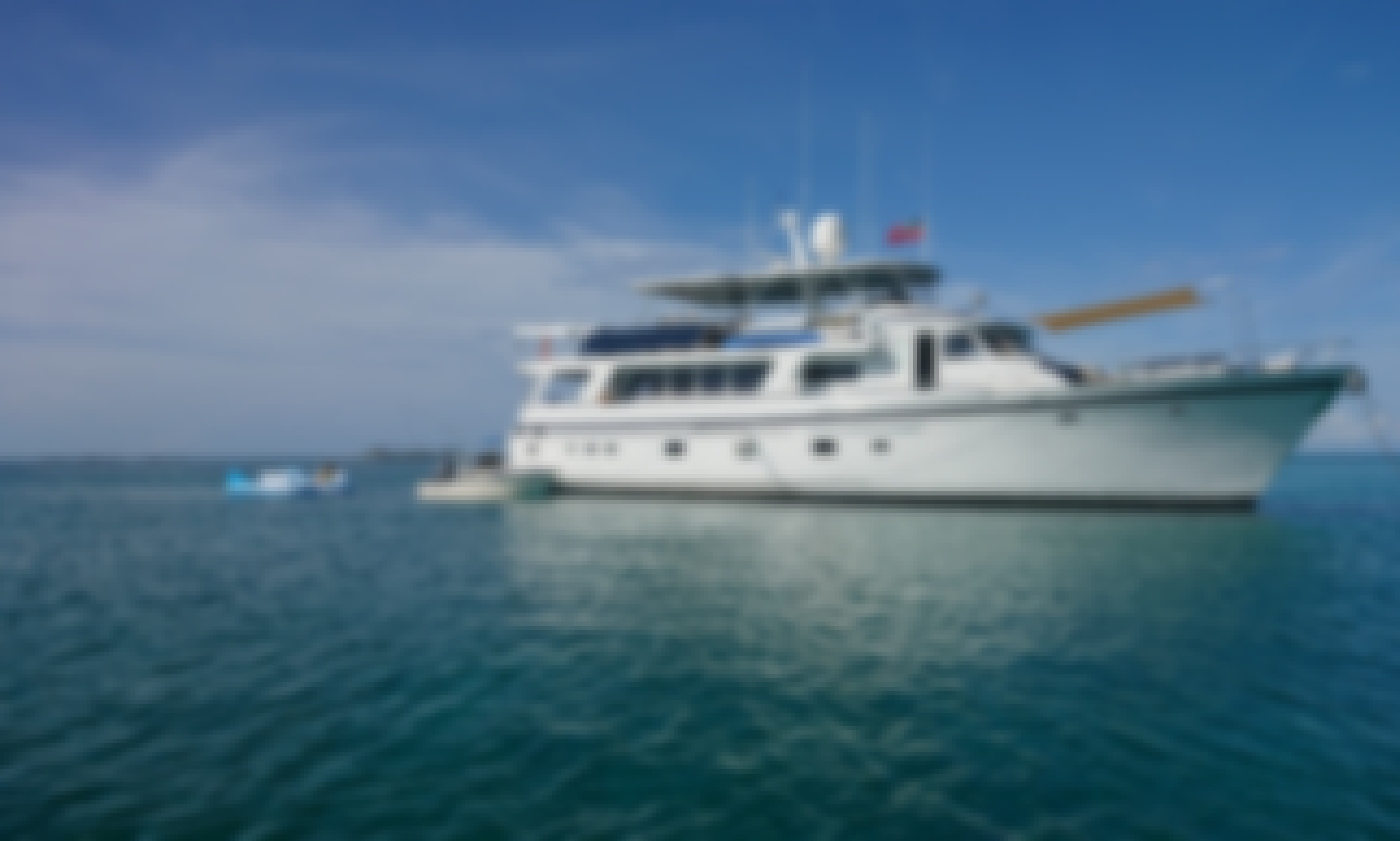 All Inclusive 80ft Motor Yacht Charter in the Bahamas