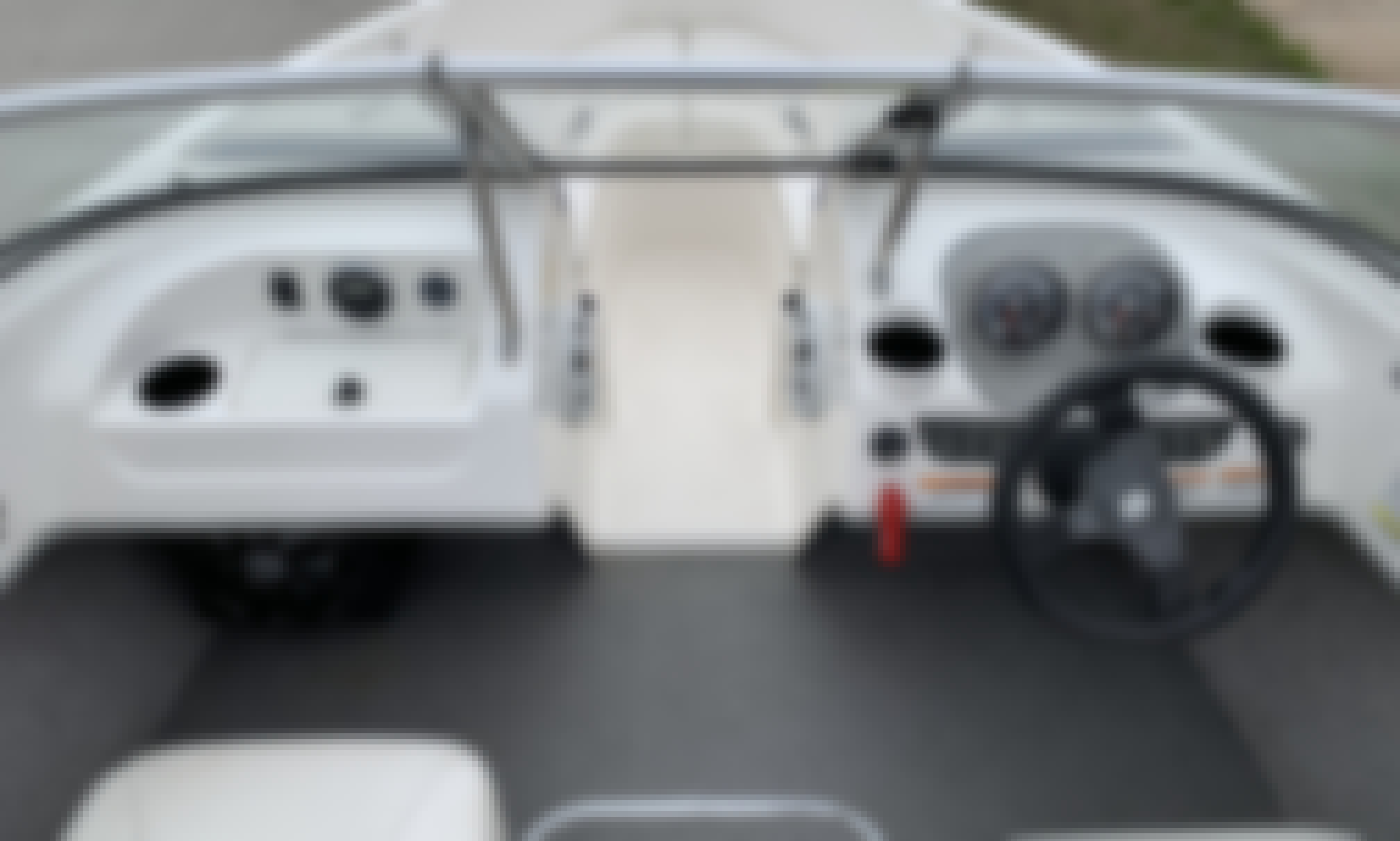 Rent 7 People Bayliner 175 in Forney, Texas