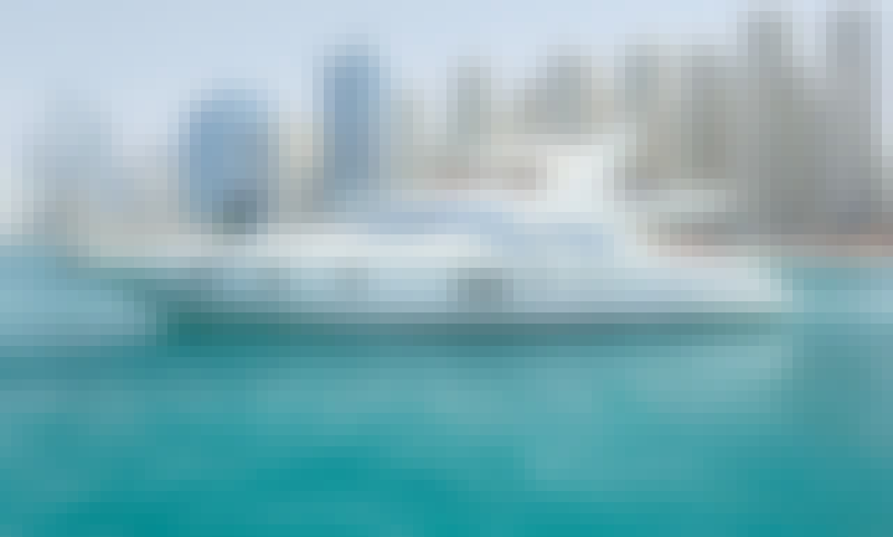 Premium Collection - Rent Yacht 62' Motor Yacht for 25 pax) in Dubai!