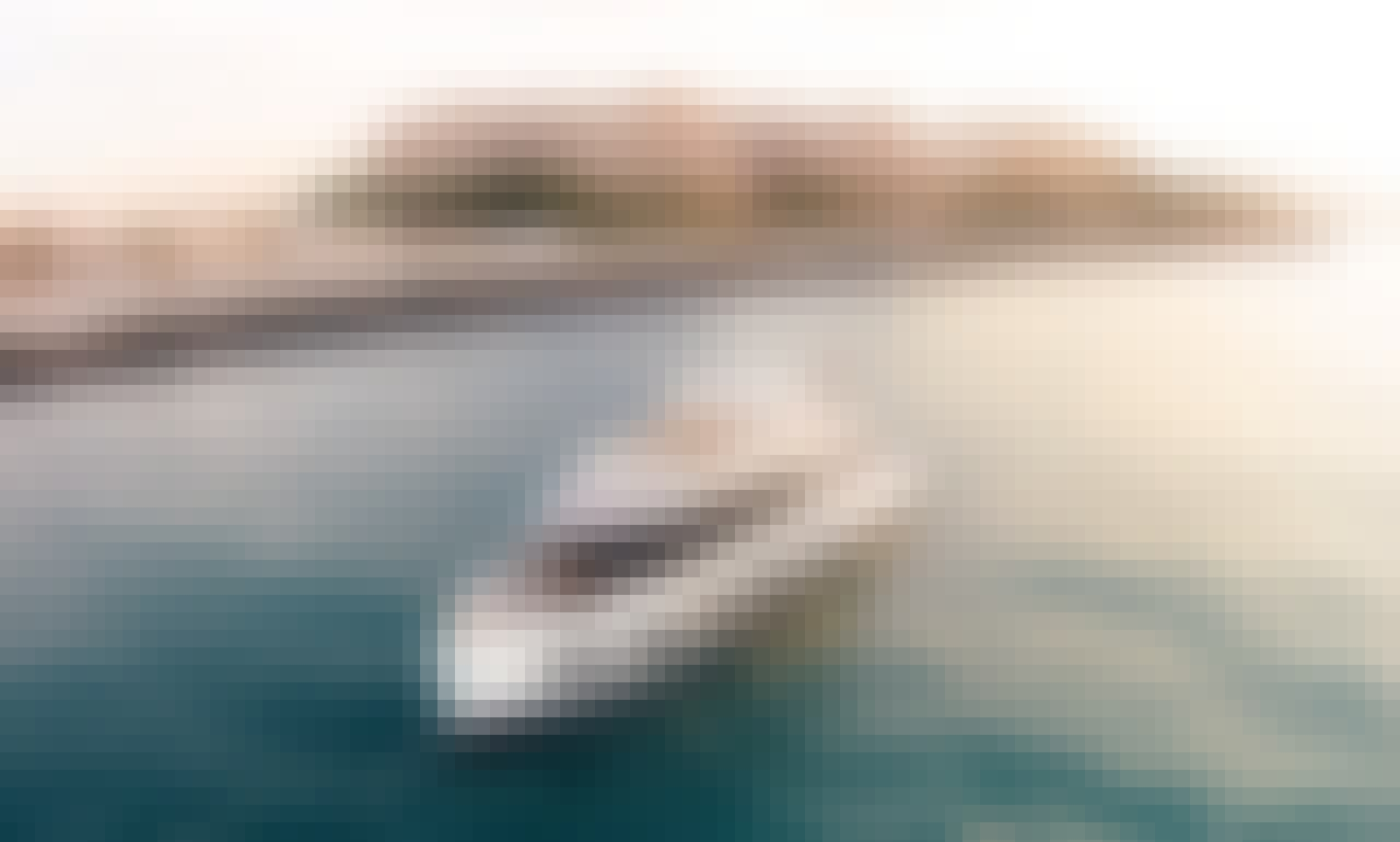 Rent Yacht in Dubai 88 ft - (for 65 pax) - Standard collection