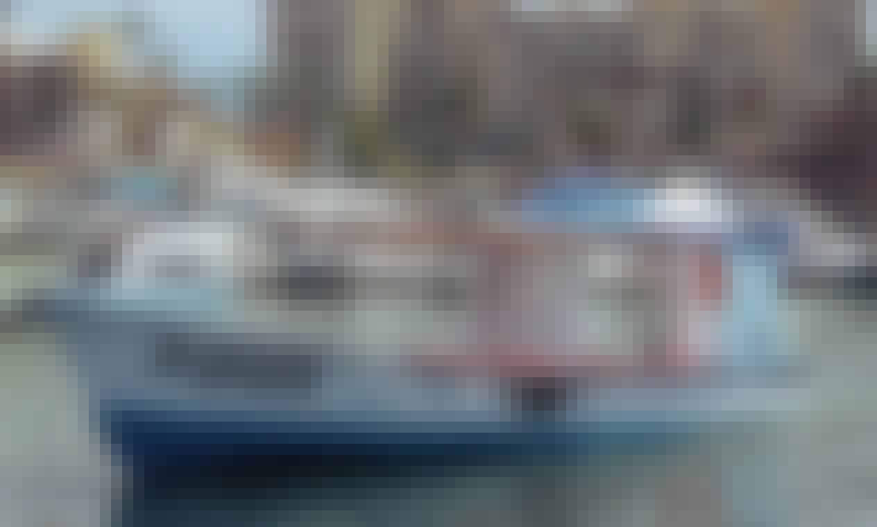 Powerboat Rental in Cabo San Lucas