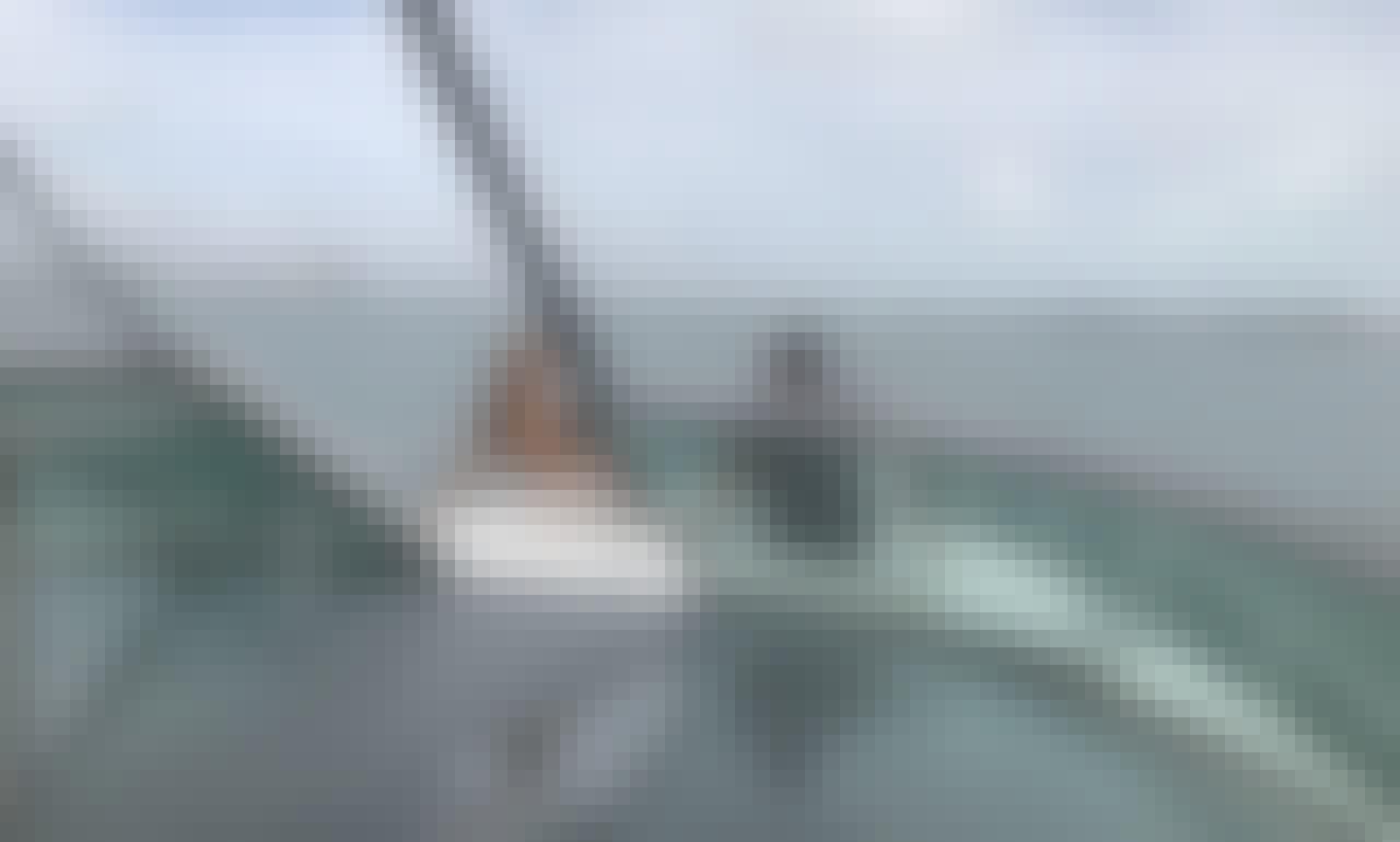 Bachelorette! Family celebration, Fun and-Adventure Awaits ! 40' Cruisers Yacht in Hallandale beach**