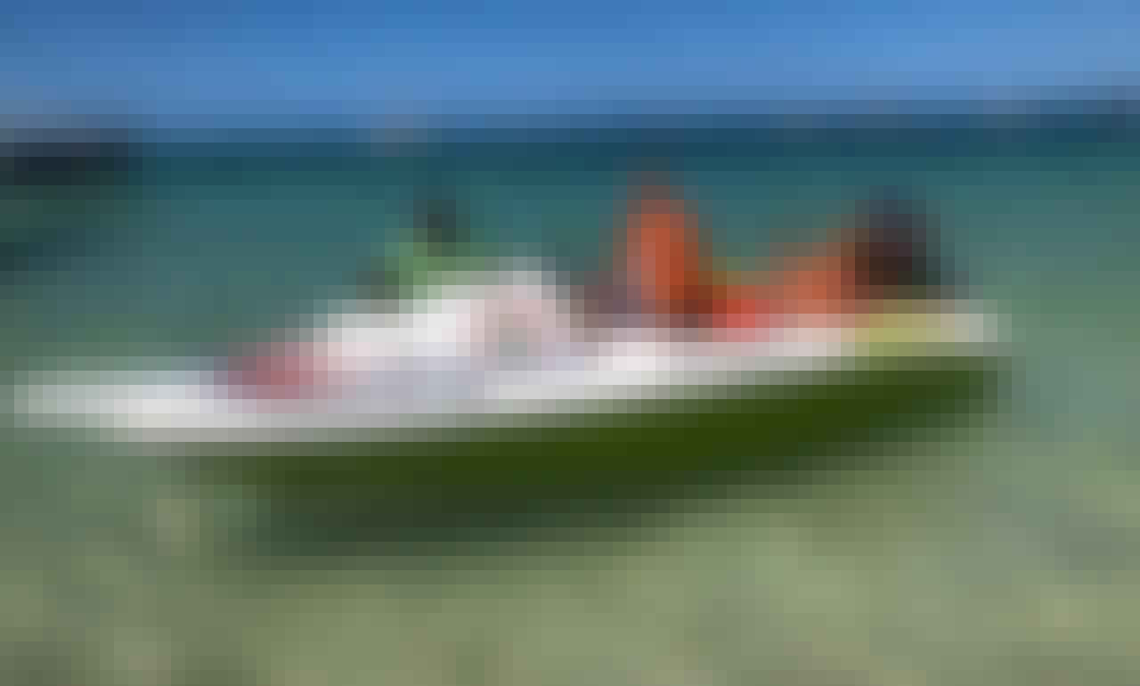 Speed Boat Tour for 2-4 People in Punta Cana