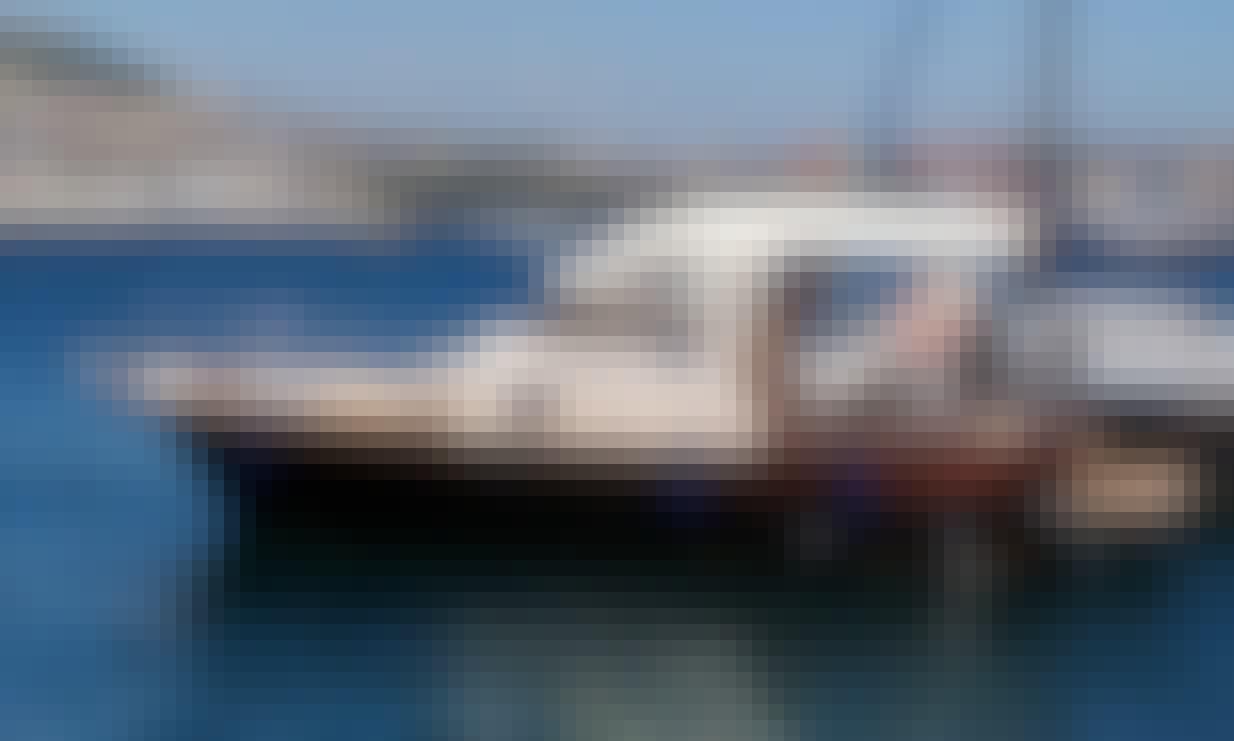 Book the  Aprea 7.50 Cuddy Cabin Boat in Positano, Campania