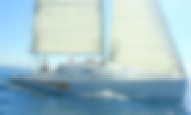 Charter 36' sailing boat in Milna, Island Vis, Croatia