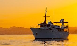 105´ Wonderful Classic Motor Yacht Charter in Rio de Janeiro, Brazil