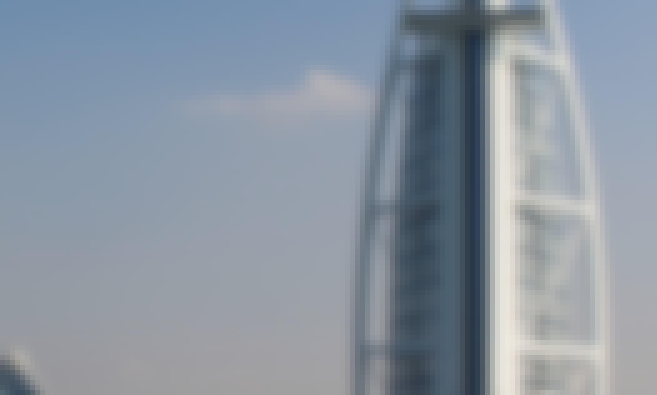 90 Minutes Speedboat Tour around Dubai Marina, Atlantis and Burj Al Arab with complimentary drinks