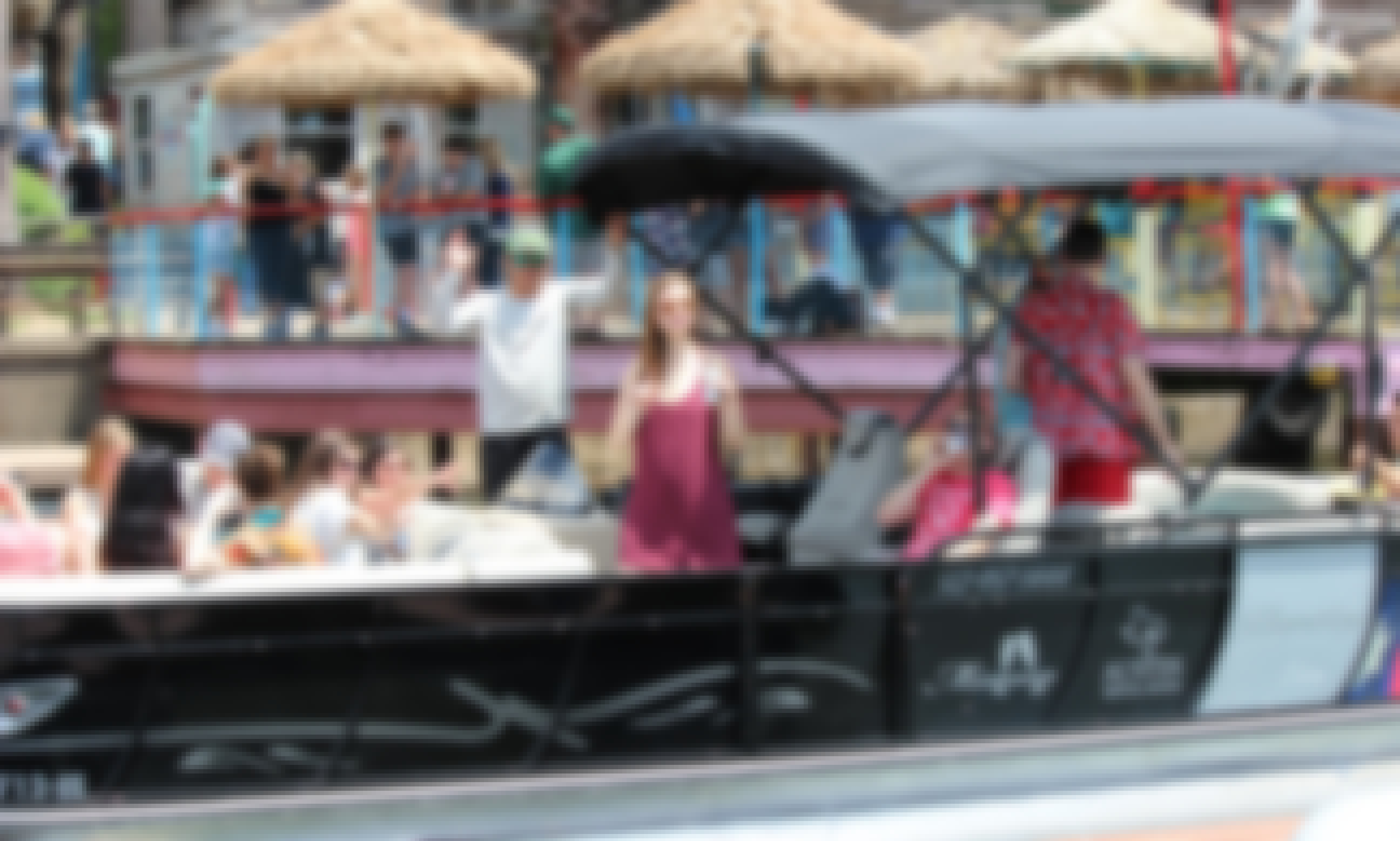 """LAKE AUSTIN PARTY BOAT with Captain """"Mimosa"""" - Incl: Ice, Cooler, Floating Mat"""