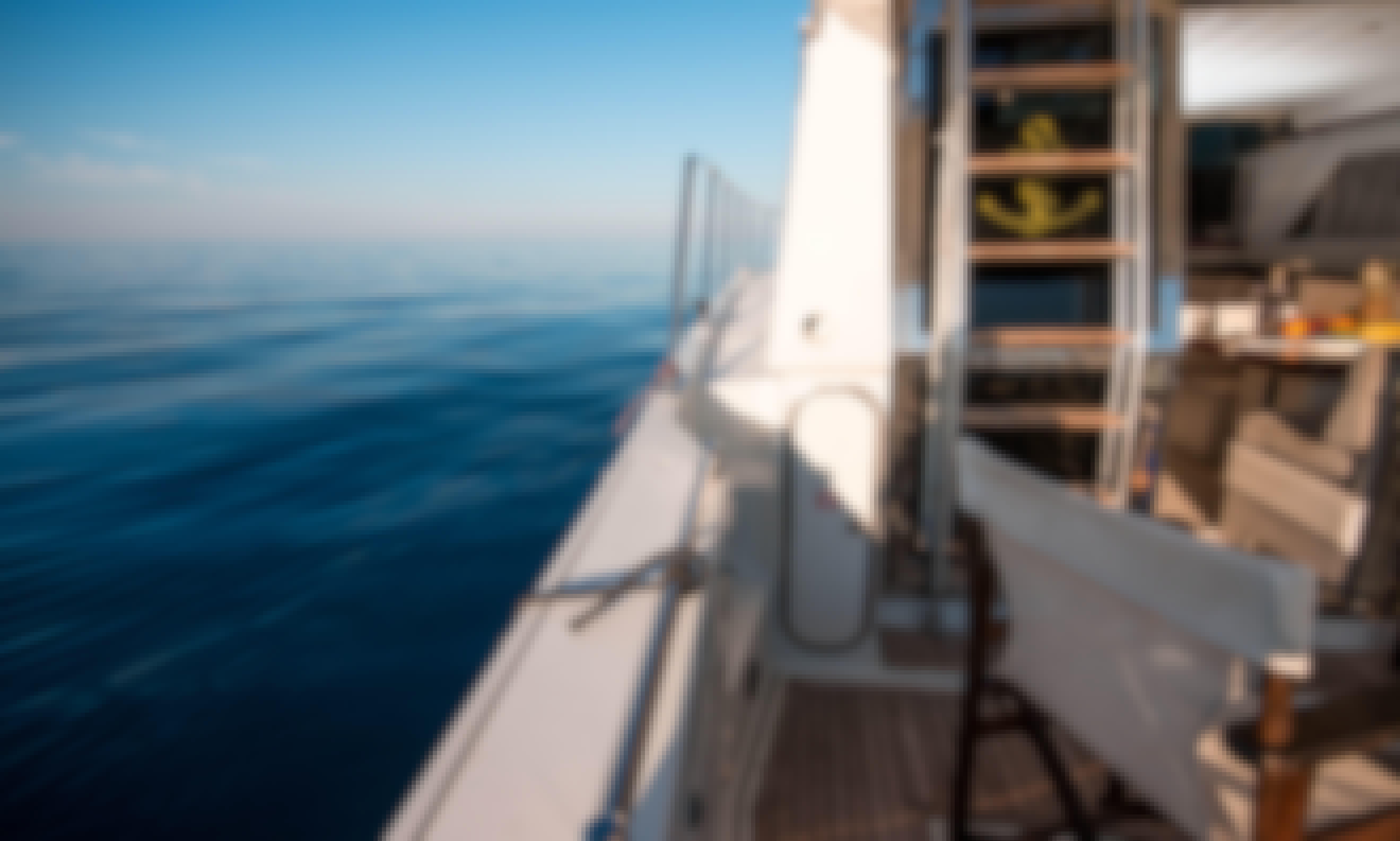 Explore Chalkidiki with a luxury Ferretti Motor Yacht!