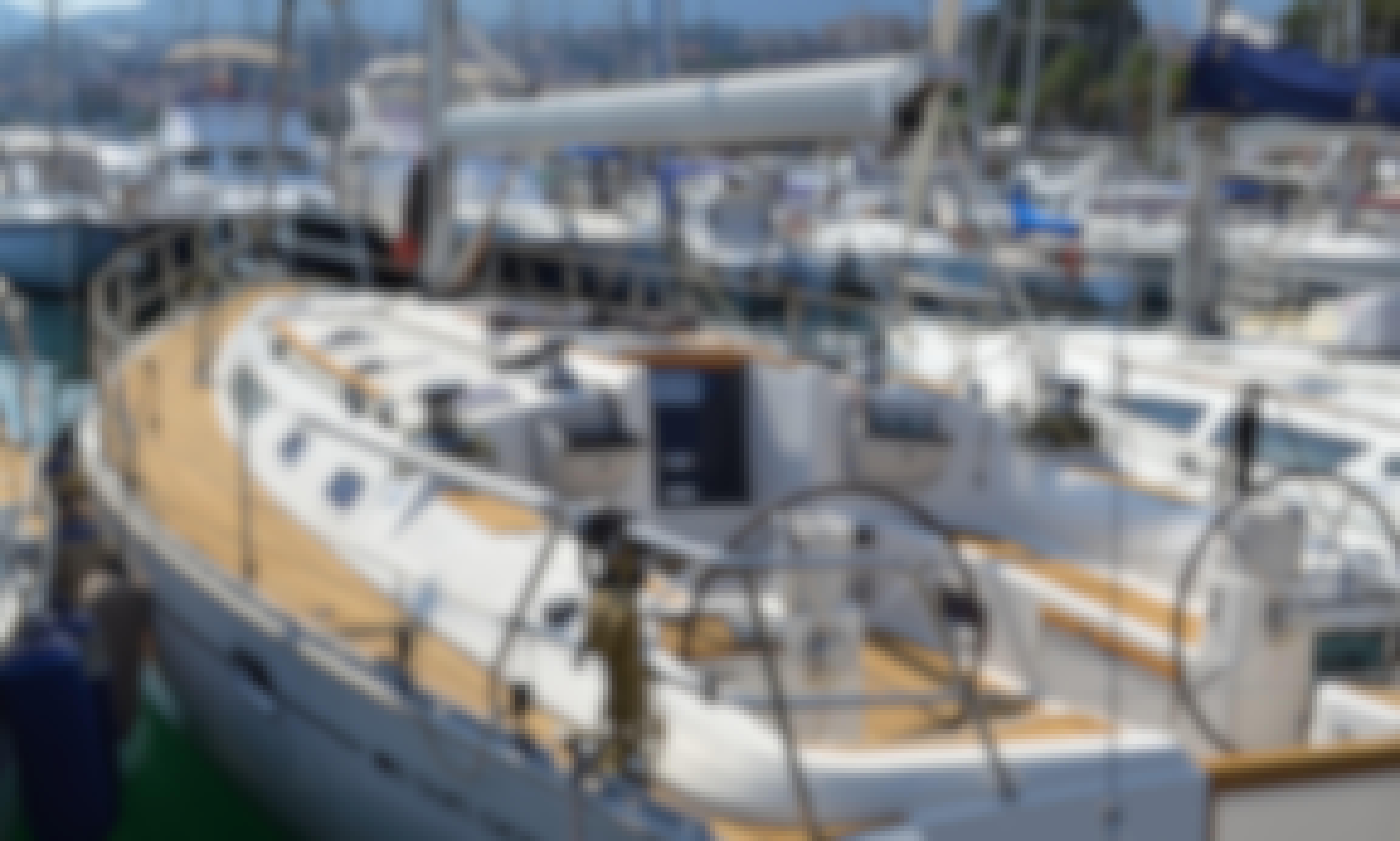 Sailing Bubbles - Cabin charter sail & dive in Sicily