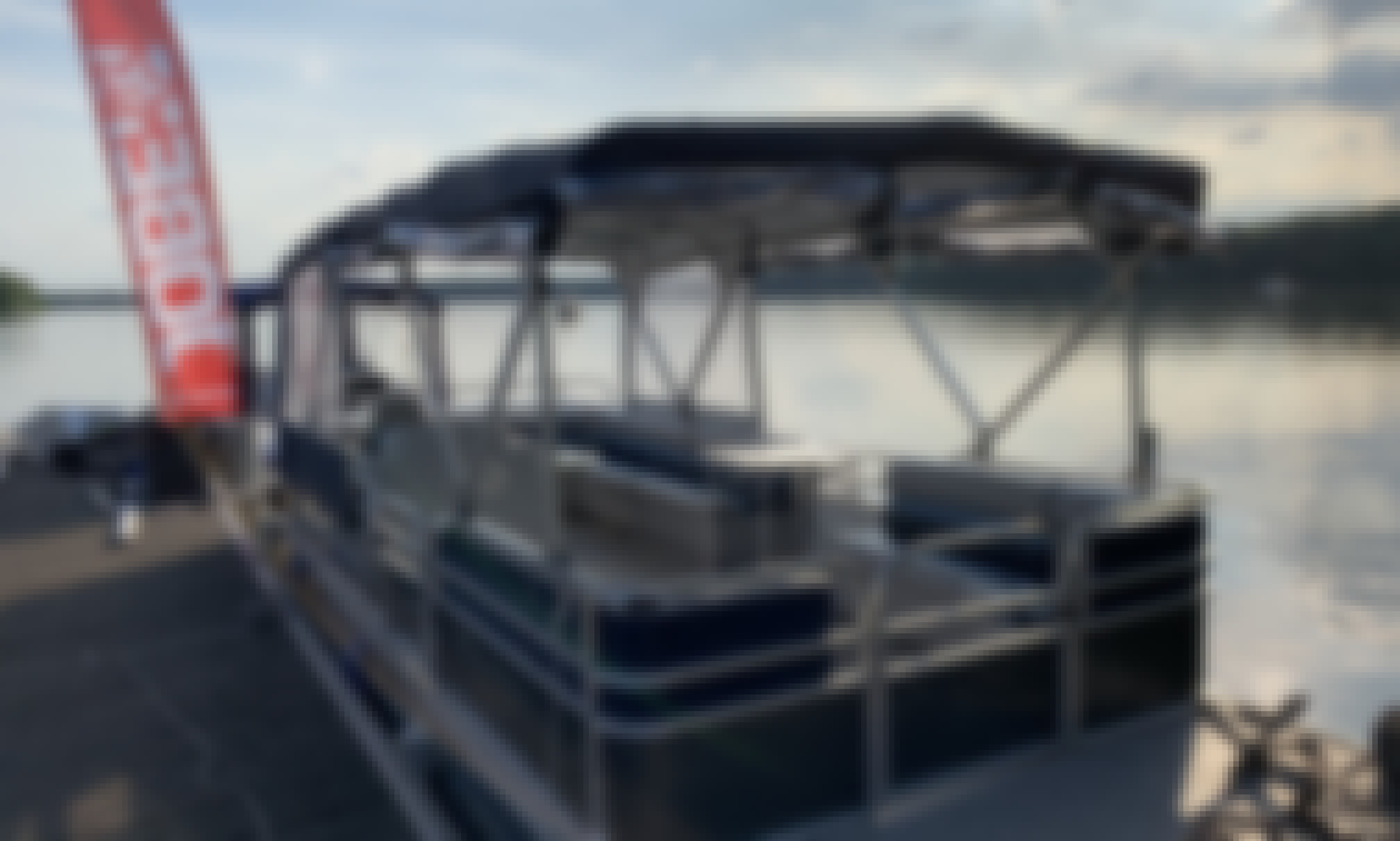 Book the Breezy Bay Partyboat in Berlin